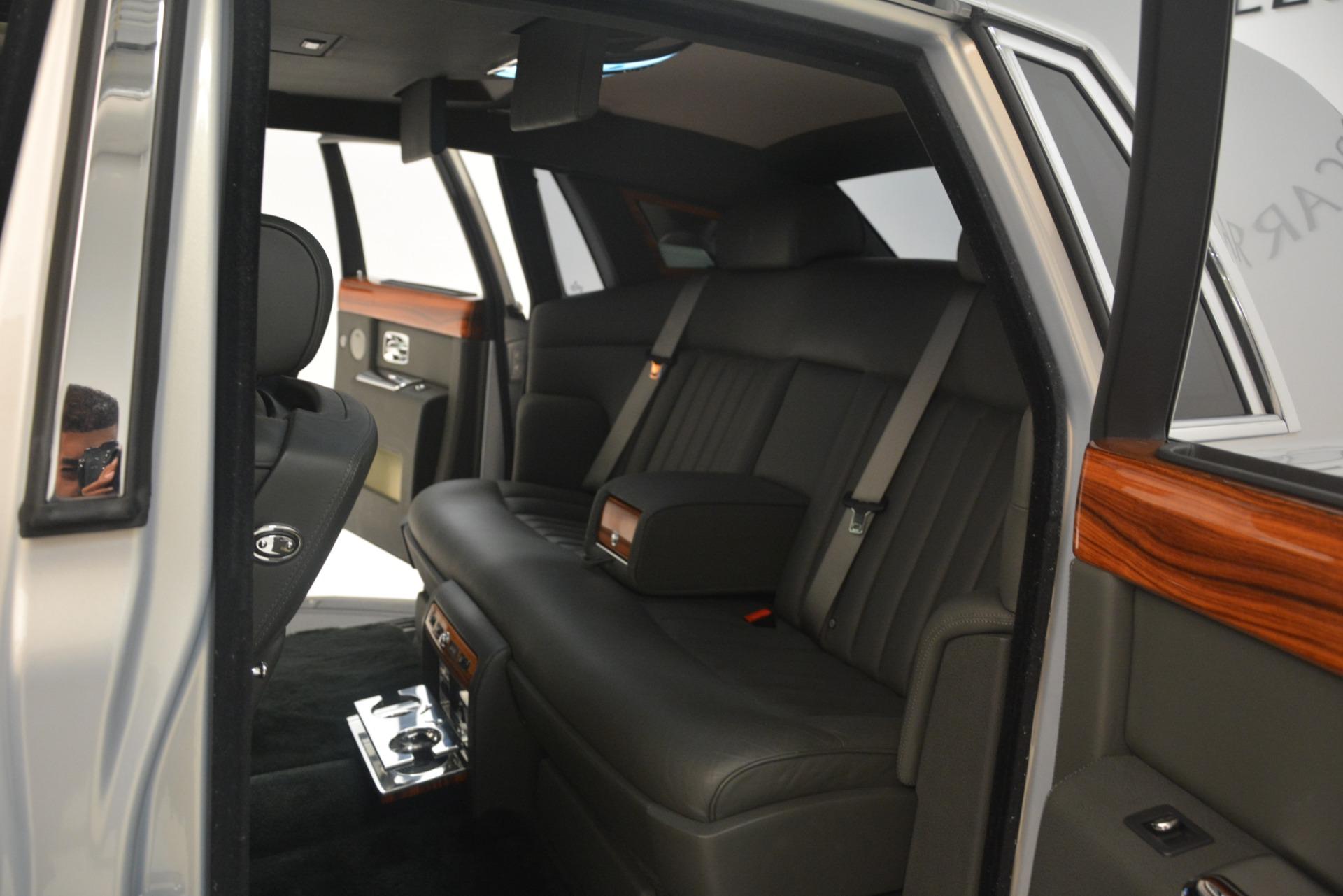 Used 2007 Rolls-Royce Phantom  For Sale In Greenwich, CT. Alfa Romeo of Greenwich, R483A 3089_p26