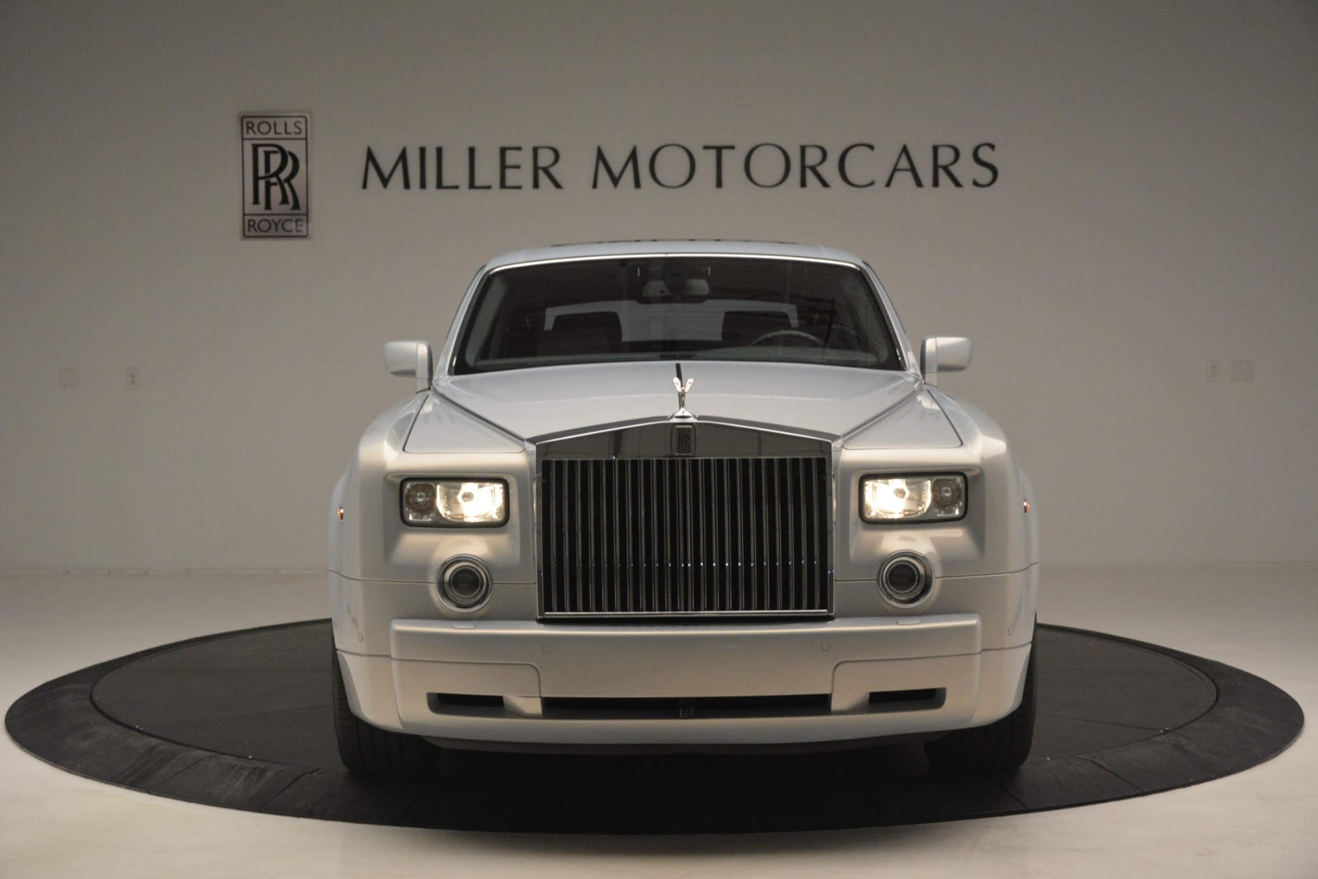 Used 2007 Rolls-Royce Phantom  For Sale In Greenwich, CT. Alfa Romeo of Greenwich, R483A 3089_p2