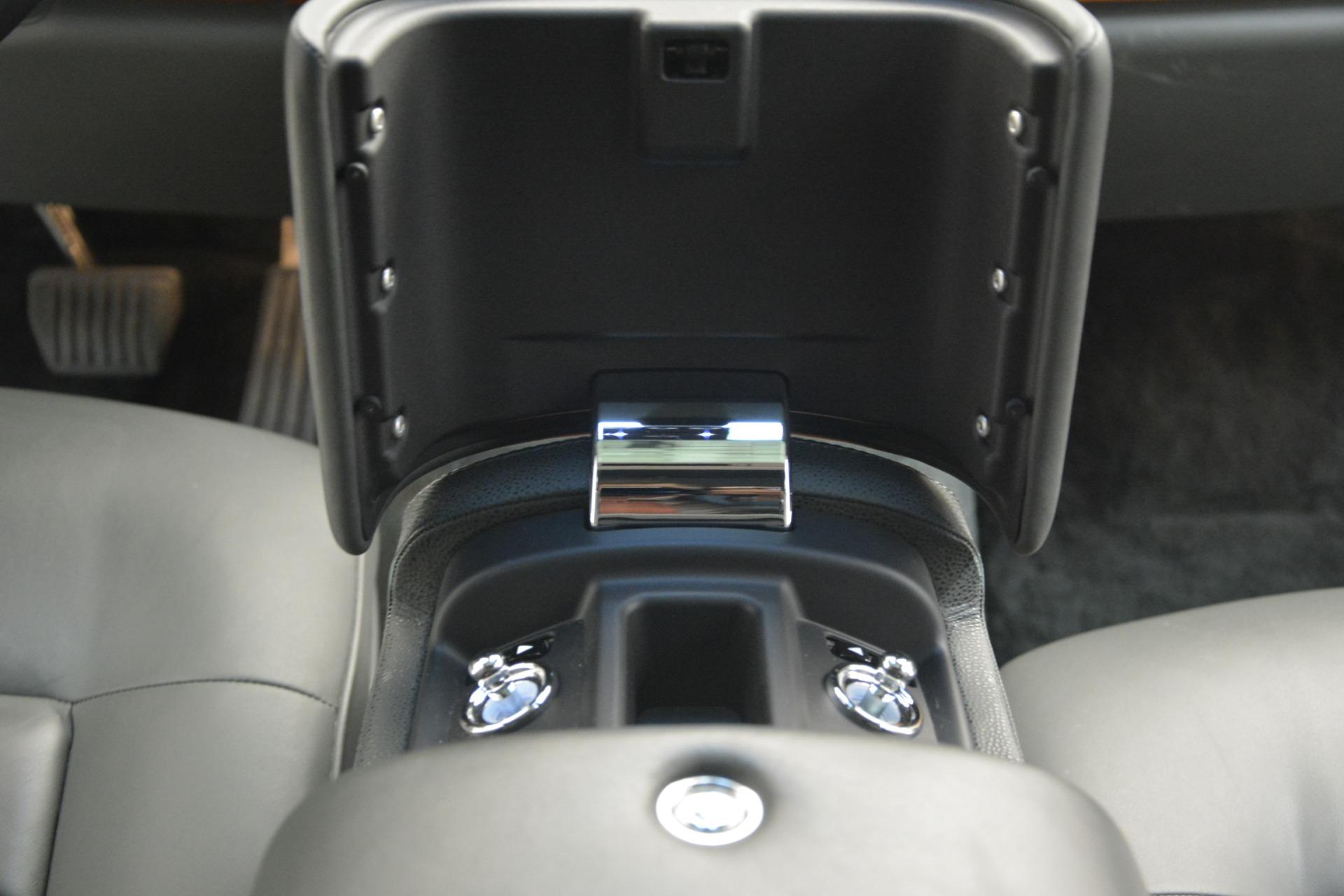 Used 2007 Rolls-Royce Phantom  For Sale In Greenwich, CT. Alfa Romeo of Greenwich, R483A 3089_p34