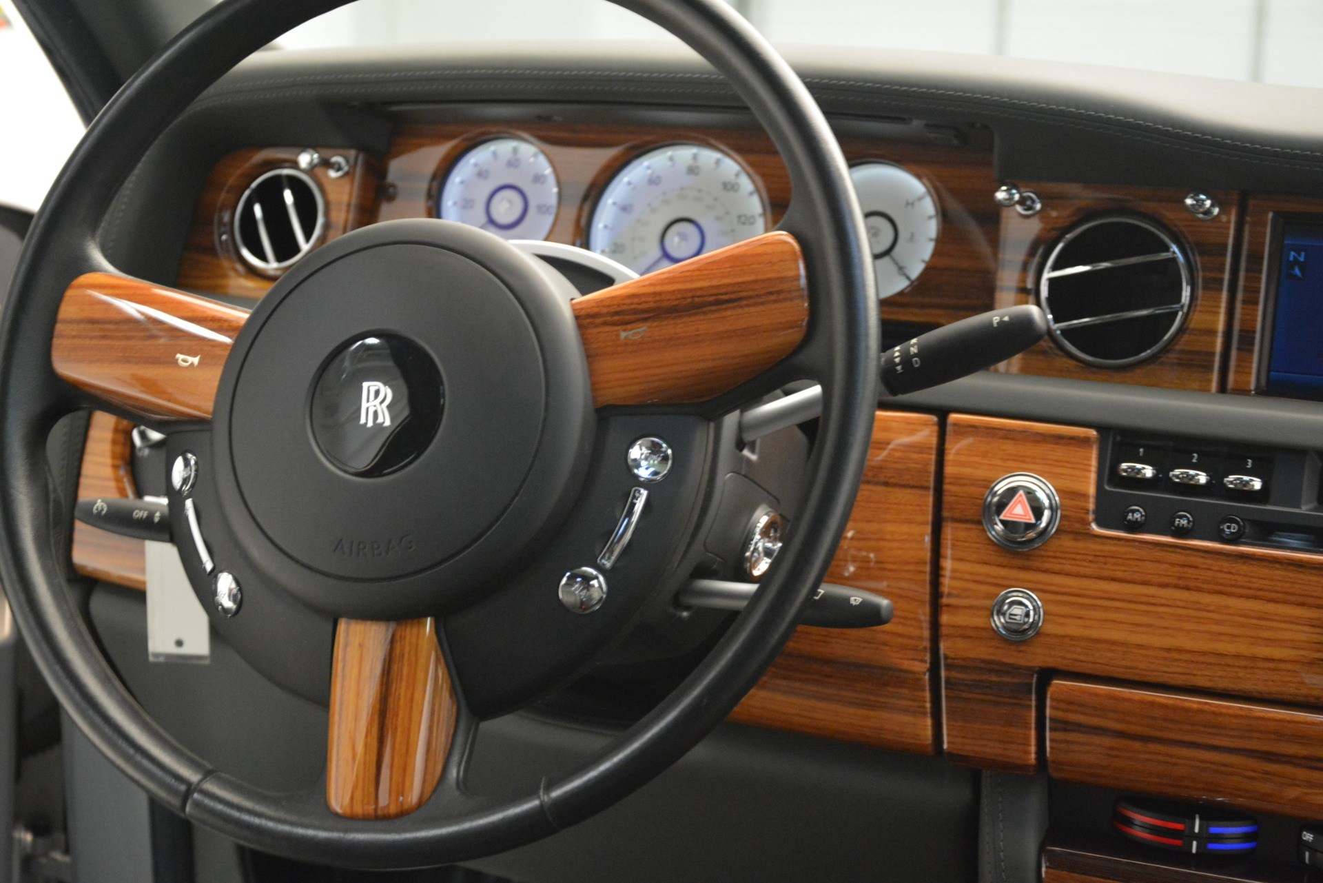 Used 2007 Rolls-Royce Phantom  For Sale In Greenwich, CT. Alfa Romeo of Greenwich, R483A 3089_p42