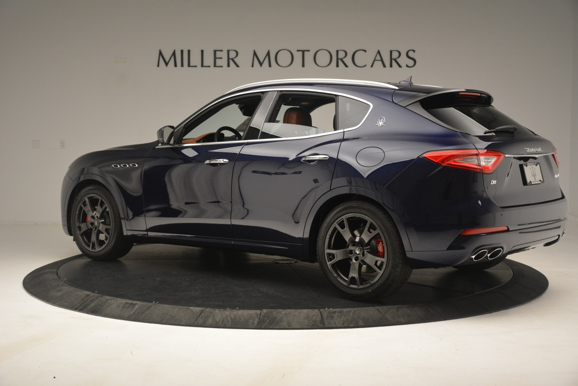 New 2019 Maserati Levante Q4 For Sale In Greenwich, CT. Alfa Romeo of Greenwich, M2286 3090_p4