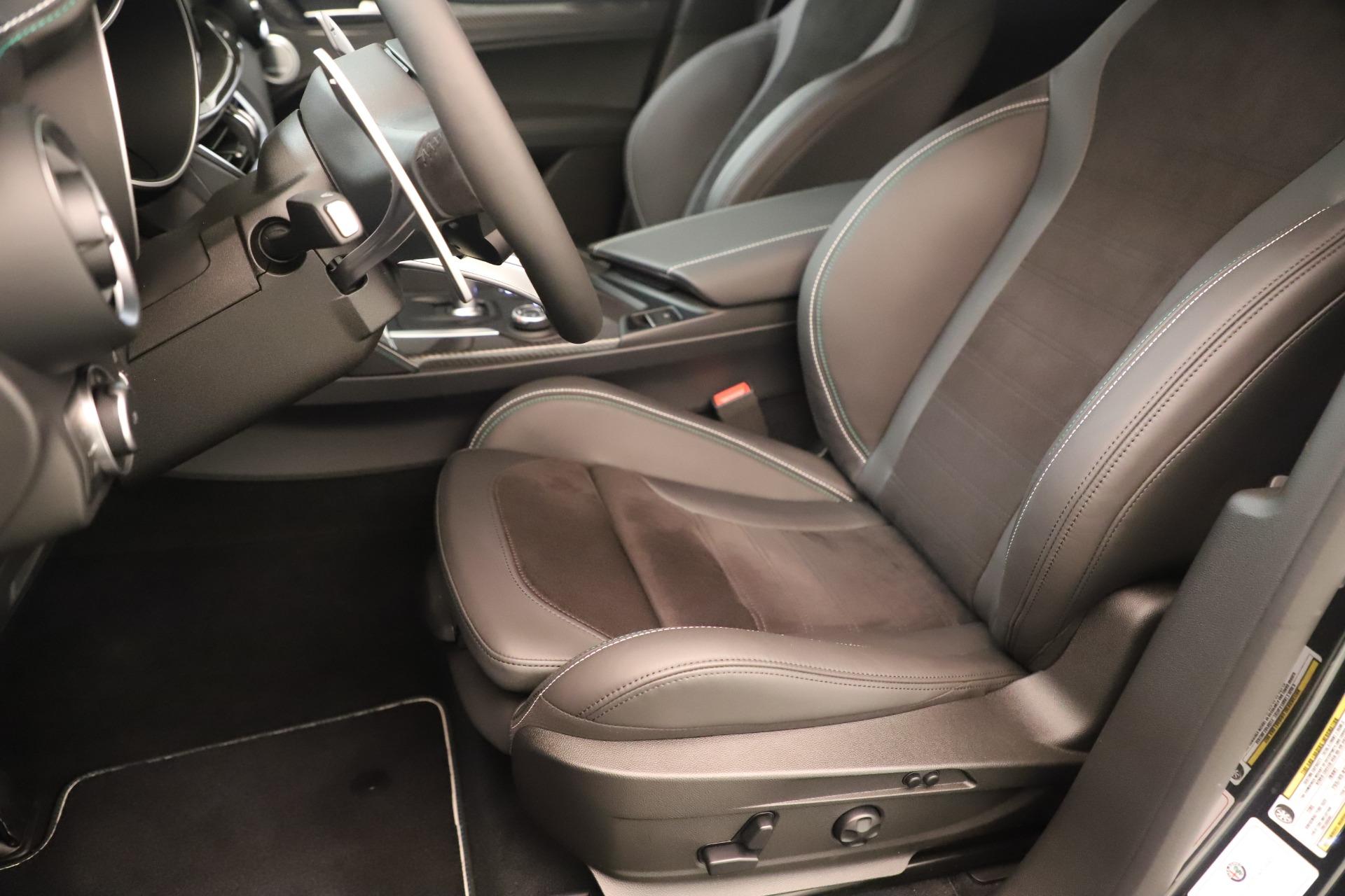 New 2019 Alfa Romeo Stelvio Quadrifoglio For Sale In Greenwich, CT. Alfa Romeo of Greenwich, LW323 3093_p15