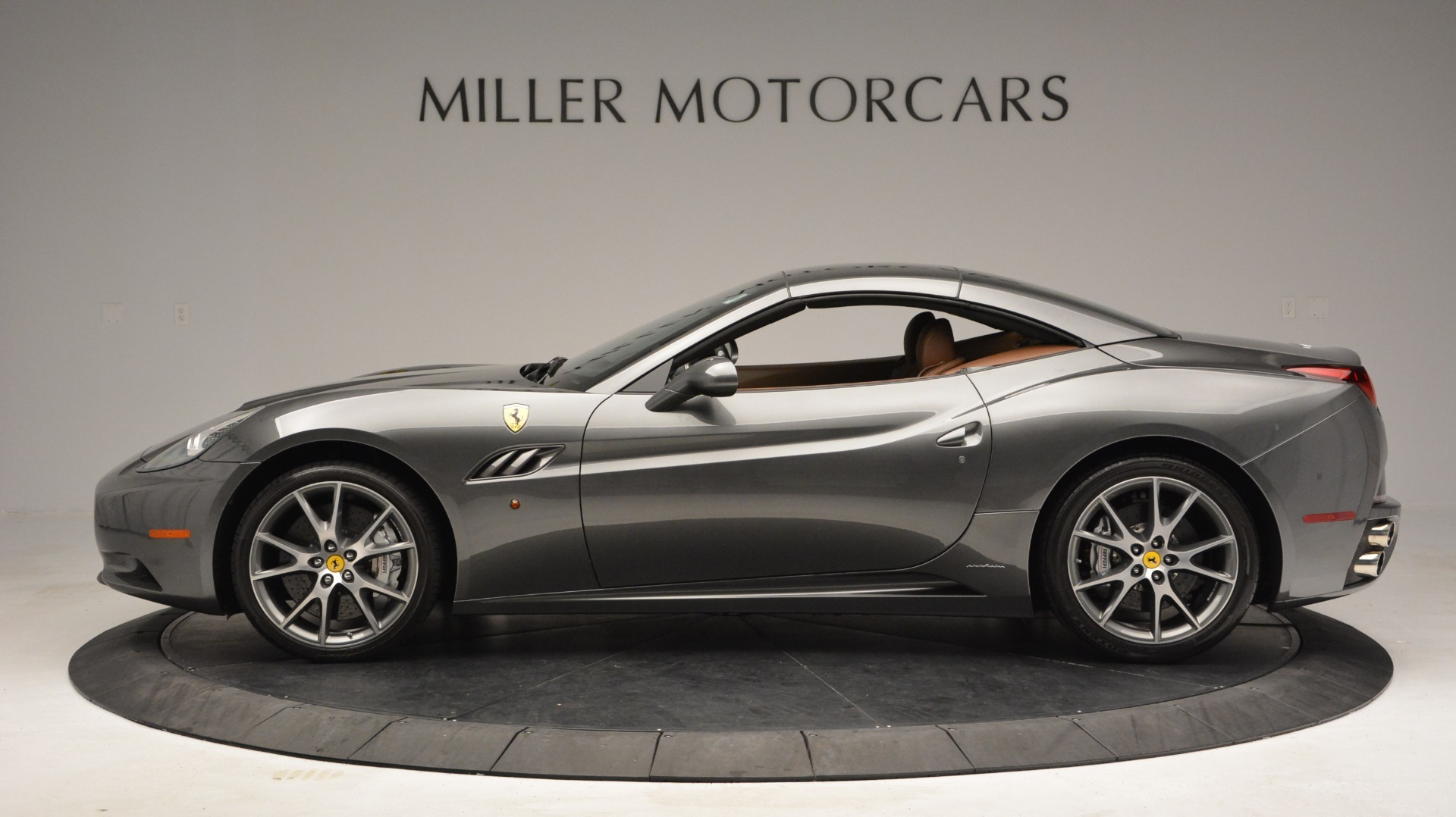 Used 2011 Ferrari California  For Sale In Greenwich, CT. Alfa Romeo of Greenwich, 4552 3101_p14