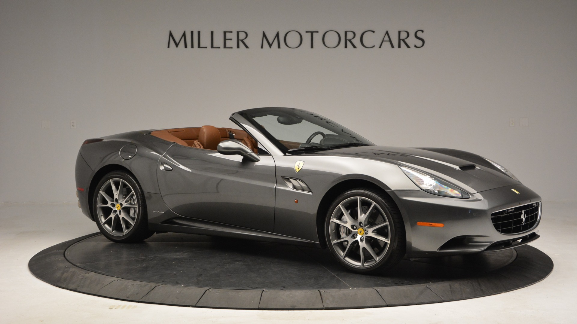 Used 2011 Ferrari California  For Sale In Greenwich, CT. Alfa Romeo of Greenwich, 4552 3101_p9