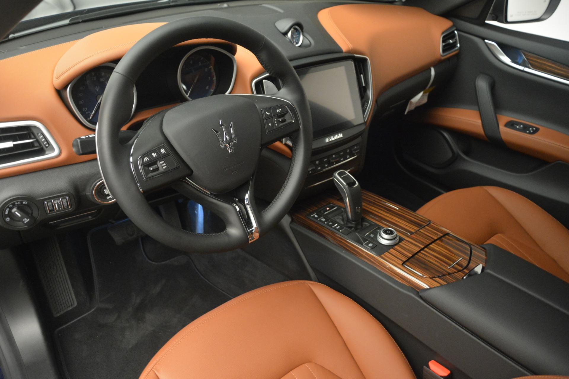 New 2019 Maserati Ghibli S Q4 For Sale In Greenwich, CT. Alfa Romeo of Greenwich, M2290 3106_p13