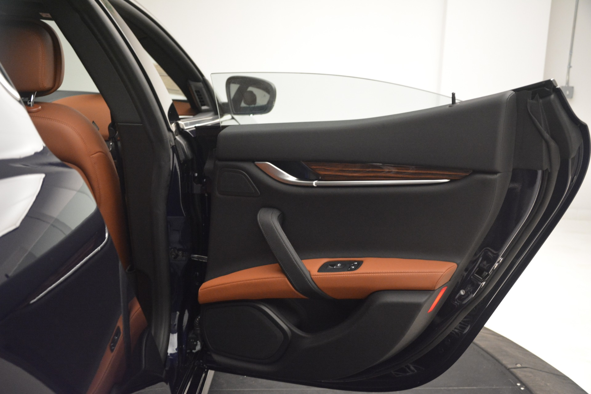 New 2019 Maserati Ghibli S Q4 For Sale In Greenwich, CT. Alfa Romeo of Greenwich, M2290 3106_p28