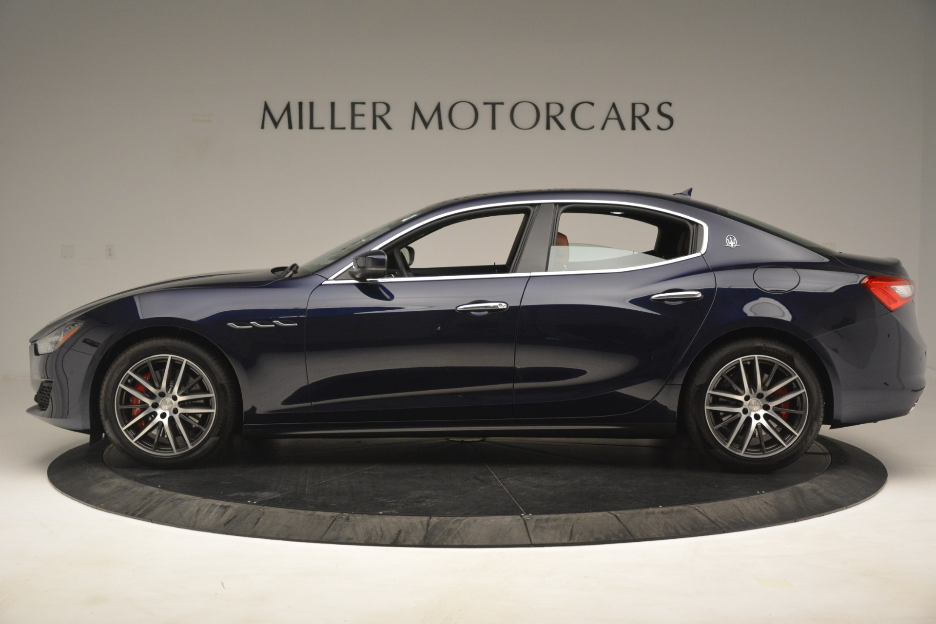 New 2019 Maserati Ghibli S Q4 For Sale In Greenwich, CT. Alfa Romeo of Greenwich, M2290 3106_p3