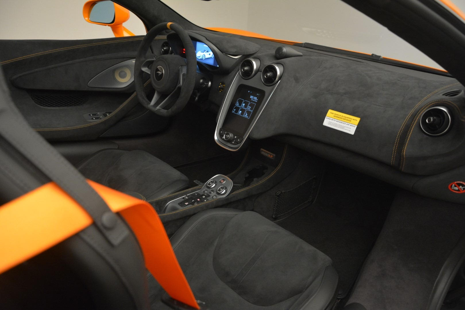 New 2020 McLaren 600LT Spider Convertible For Sale In Greenwich, CT. Alfa Romeo of Greenwich, MC422 3109_p27