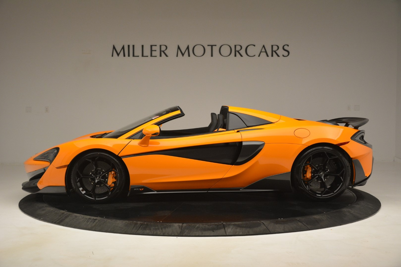 New 2020 McLaren 600LT Spider Convertible For Sale In Greenwich, CT. Alfa Romeo of Greenwich, MC422 3109_p3