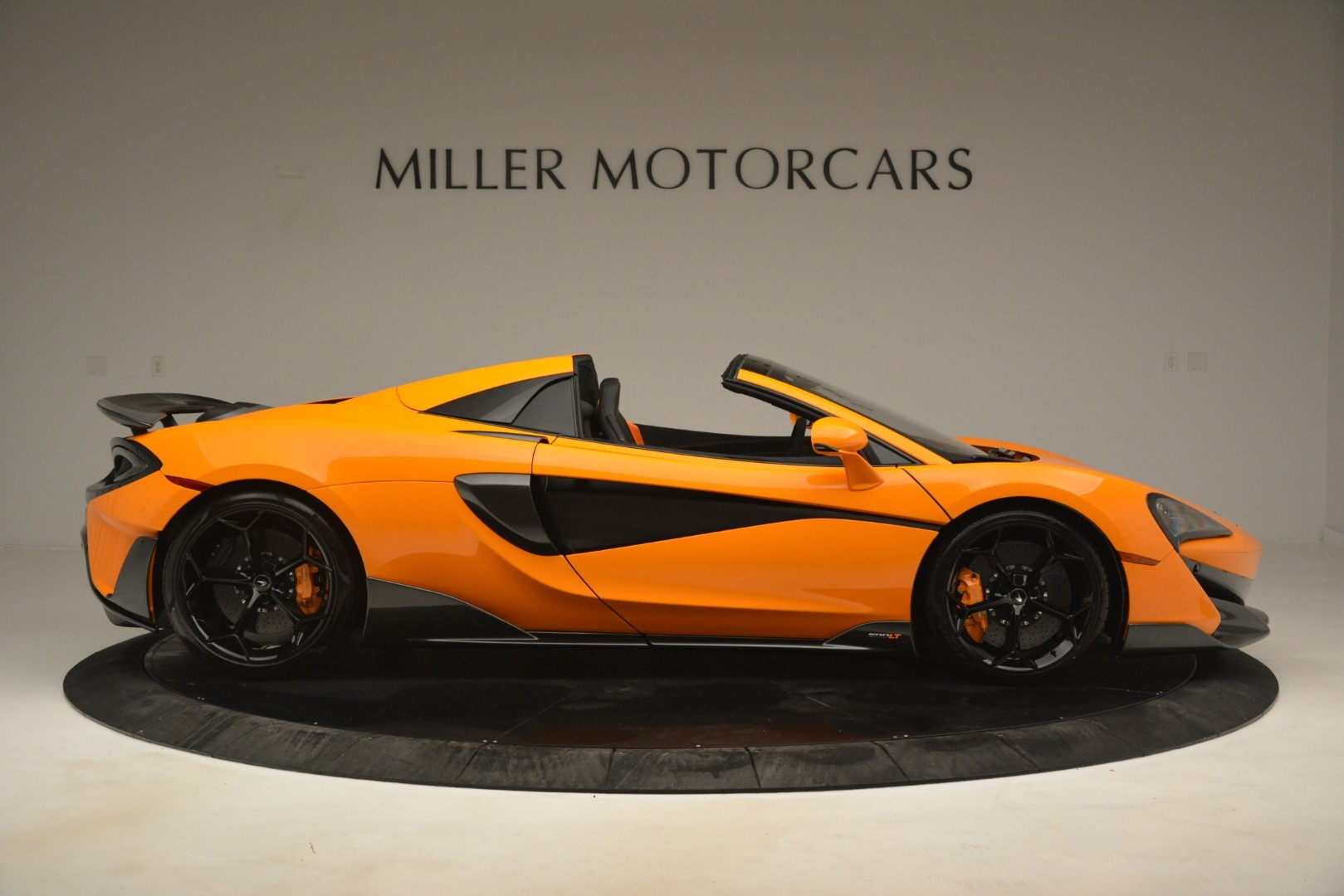 New 2020 McLaren 600LT Spider Convertible For Sale In Greenwich, CT. Alfa Romeo of Greenwich, MC422 3109_p9