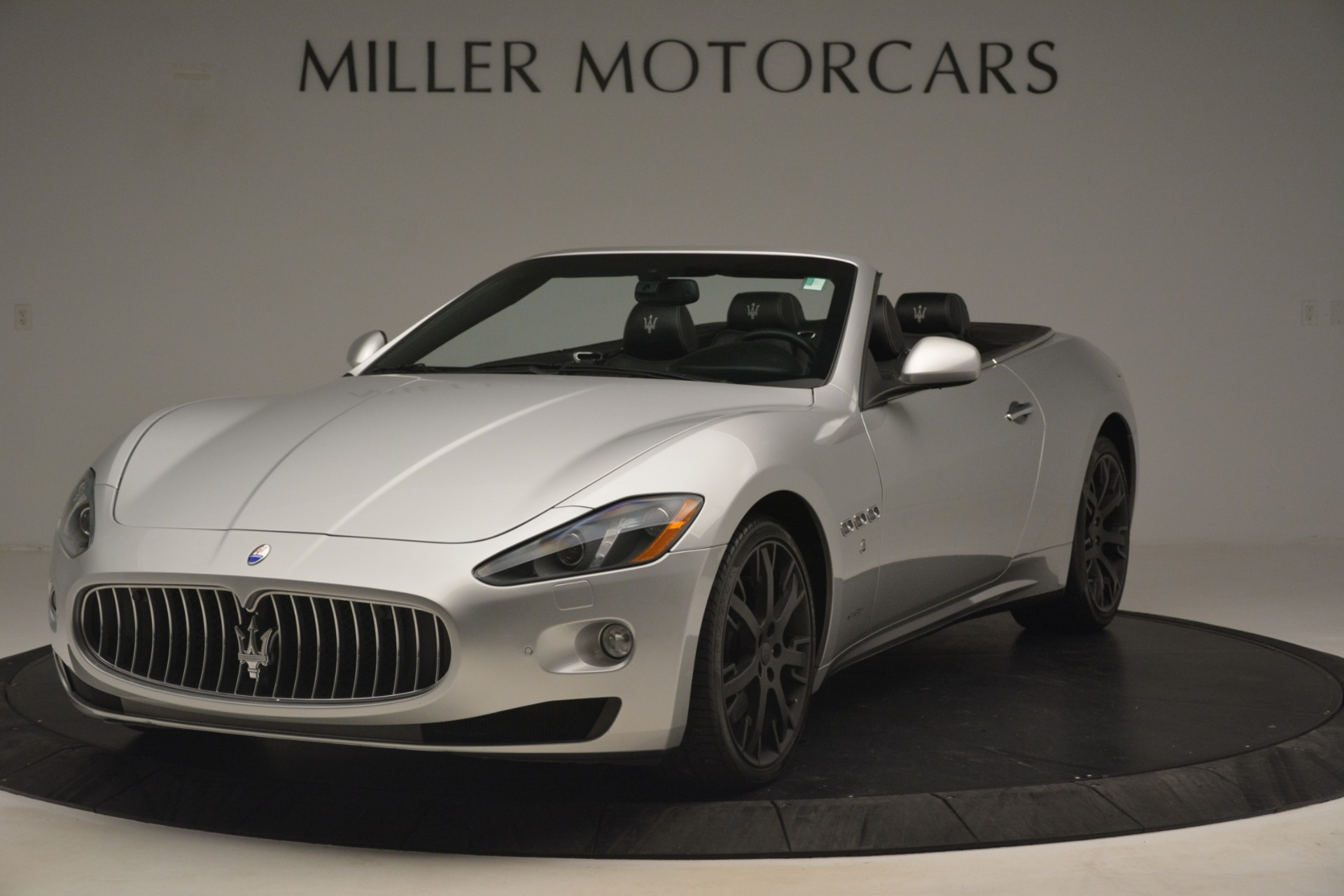 Used 2016 Maserati GranTurismo  For Sale In Greenwich, CT. Alfa Romeo of Greenwich, M2215A