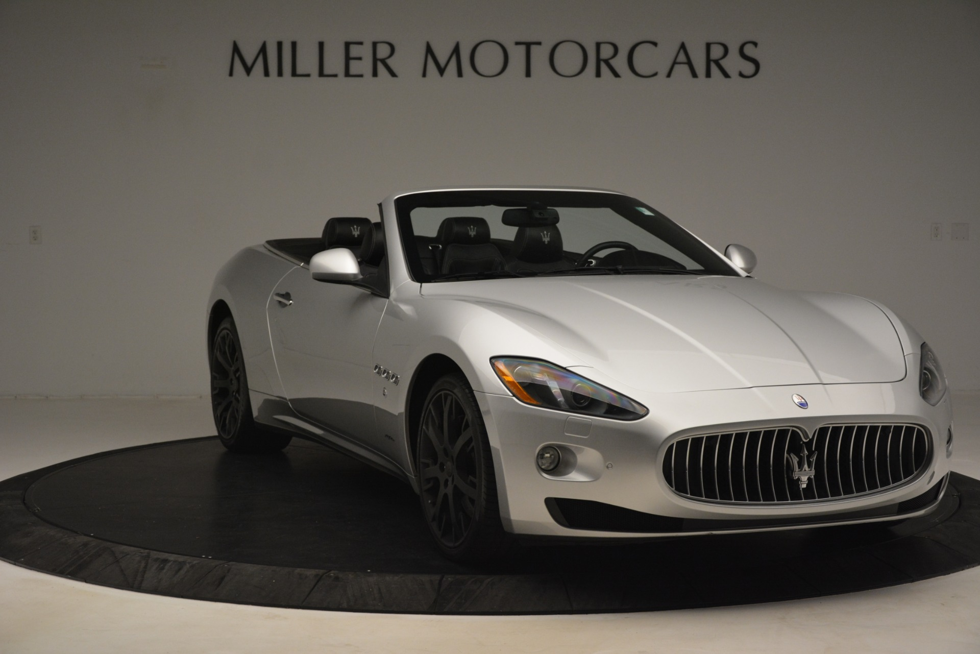 Used 2016 Maserati GranTurismo  For Sale In Greenwich, CT. Alfa Romeo of Greenwich, M2215A 3111_p11