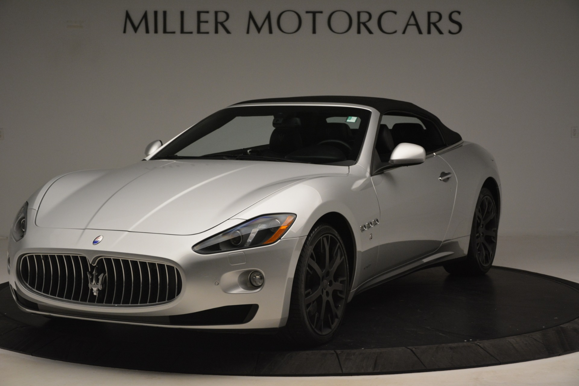 Used 2016 Maserati GranTurismo  For Sale In Greenwich, CT. Alfa Romeo of Greenwich, M2215A 3111_p13