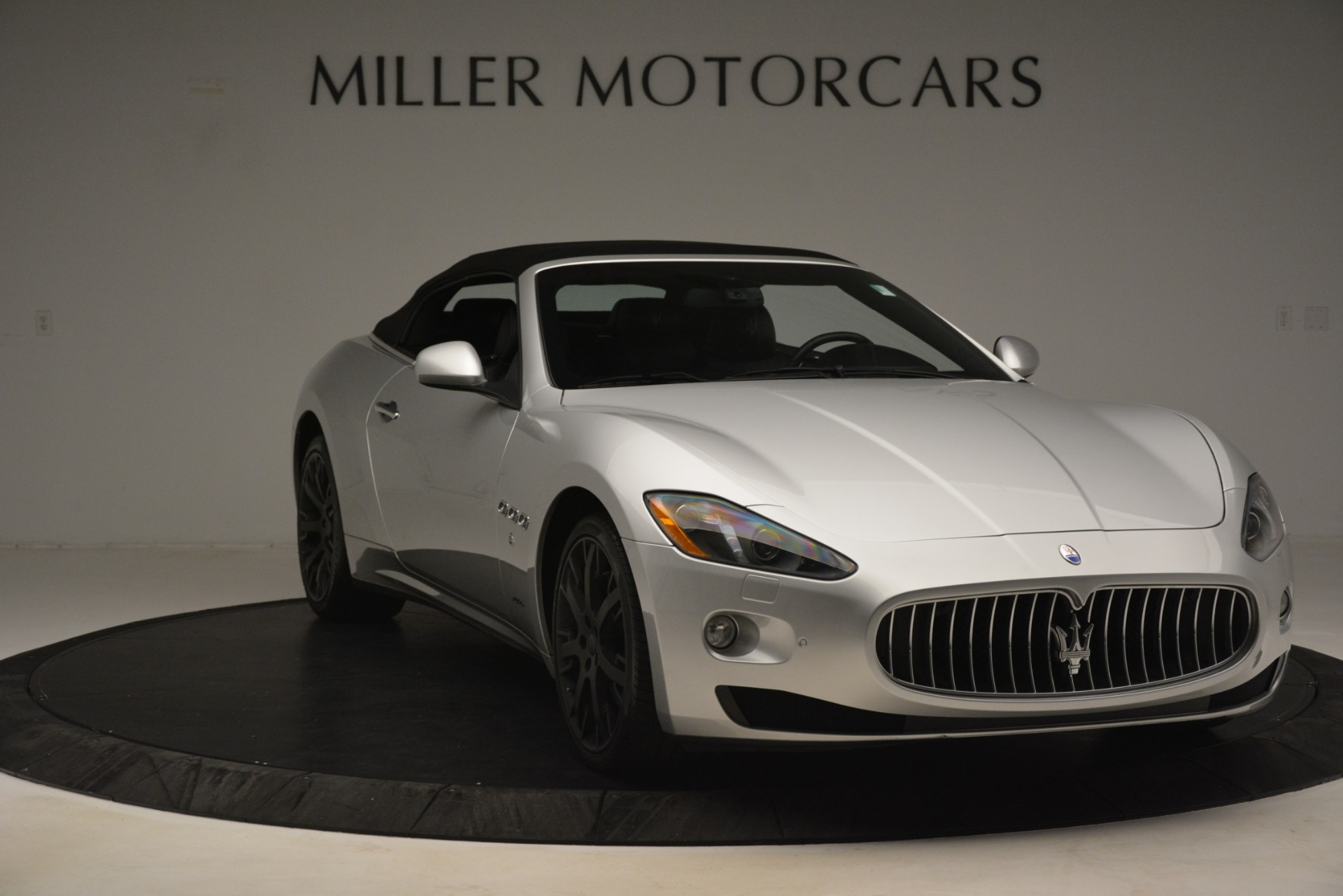 Used 2016 Maserati GranTurismo  For Sale In Greenwich, CT. Alfa Romeo of Greenwich, M2215A 3111_p18