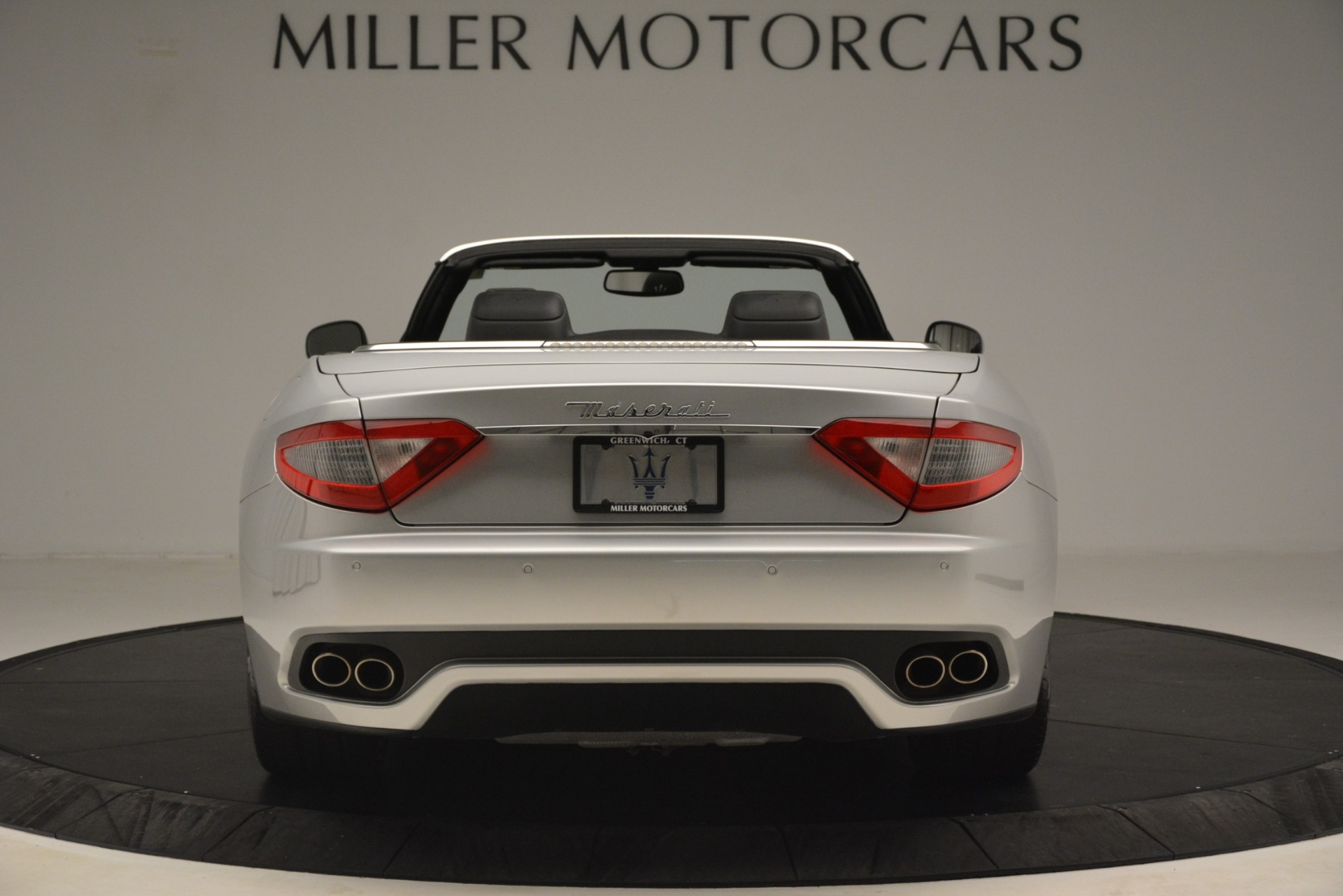 Used 2016 Maserati GranTurismo  For Sale In Greenwich, CT. Alfa Romeo of Greenwich, M2215A 3111_p6