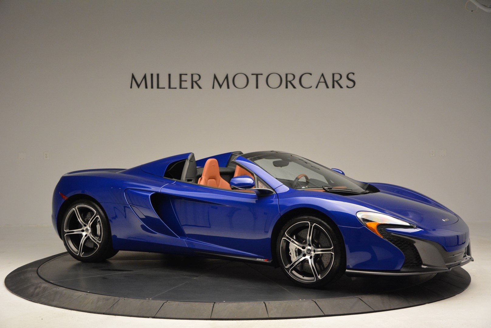 Used 2015 McLaren 650S Spider Convertible For Sale In Greenwich, CT. Alfa Romeo of Greenwich, 3161 3112_p10