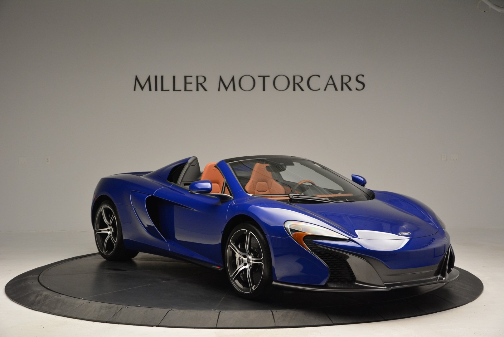 Used 2015 McLaren 650S Spider Convertible For Sale In Greenwich, CT. Alfa Romeo of Greenwich, 3161 3112_p11
