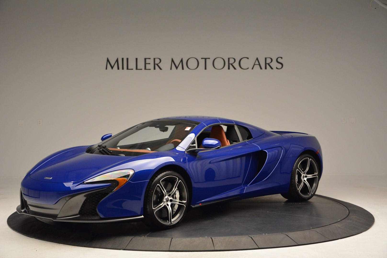 Used 2015 McLaren 650S Spider Convertible For Sale In Greenwich, CT. Alfa Romeo of Greenwich, 3161 3112_p14