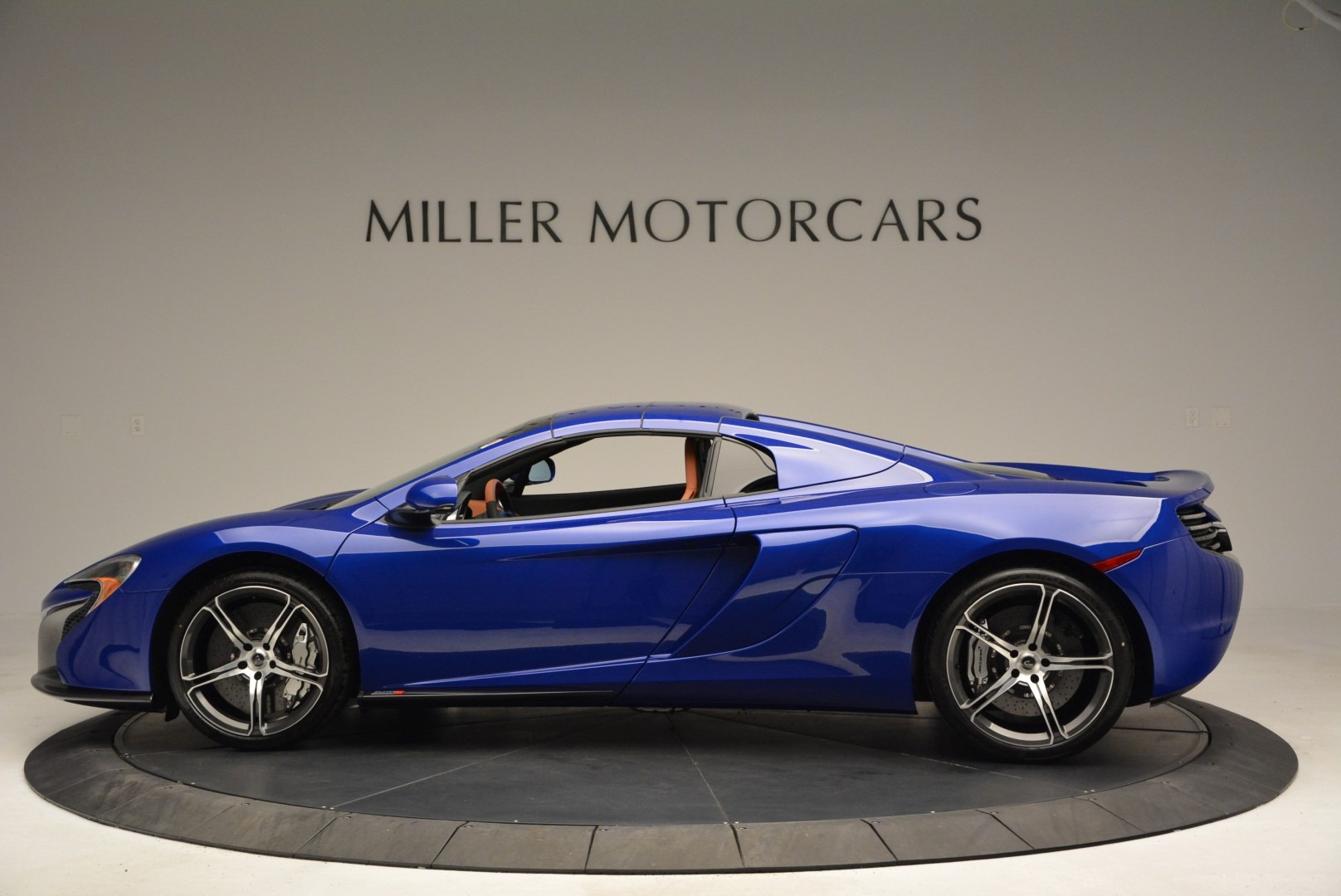 Used 2015 McLaren 650S Spider Convertible For Sale In Greenwich, CT. Alfa Romeo of Greenwich, 3161 3112_p15