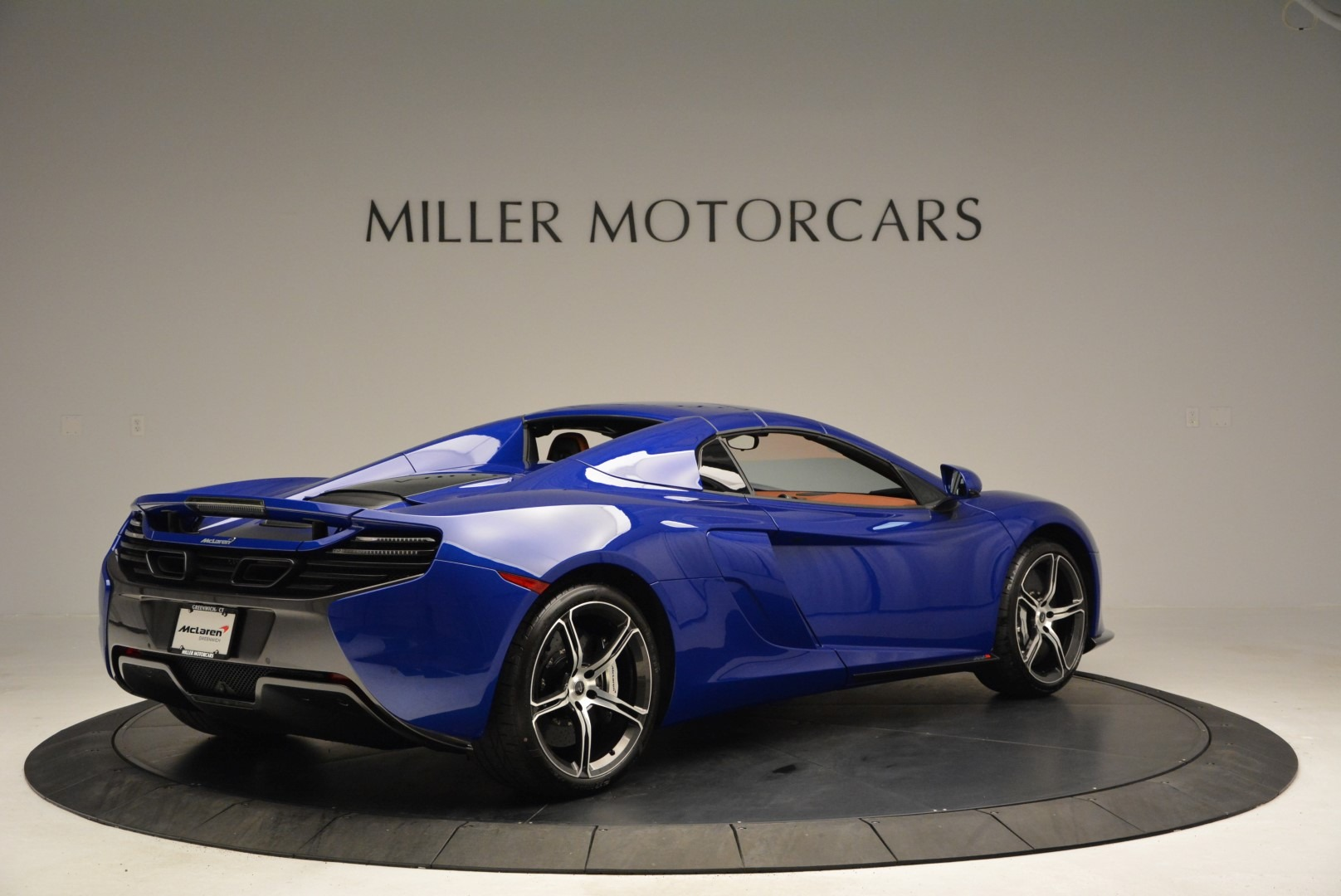 Used 2015 McLaren 650S Spider Convertible For Sale In Greenwich, CT. Alfa Romeo of Greenwich, 3161 3112_p18