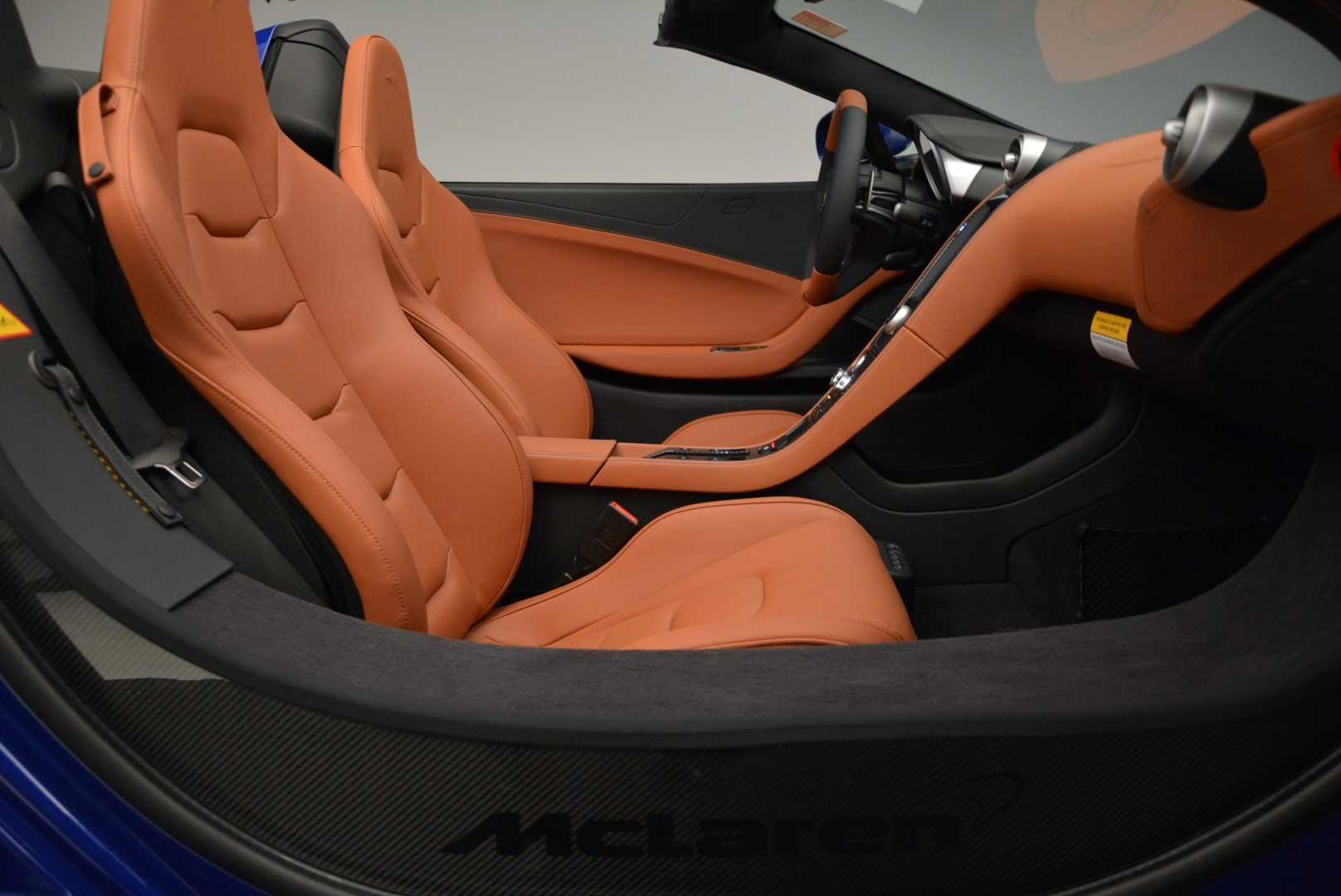 Used 2015 McLaren 650S Spider Convertible For Sale In Greenwich, CT. Alfa Romeo of Greenwich, 3161 3112_p26