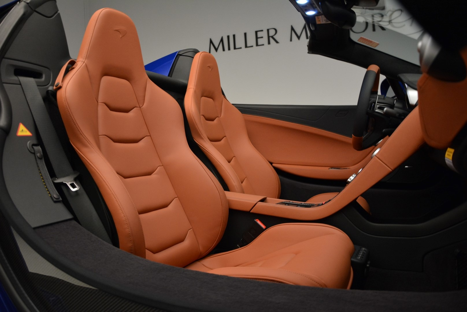 Used 2015 McLaren 650S Spider Convertible For Sale In Greenwich, CT. Alfa Romeo of Greenwich, 3161 3112_p27