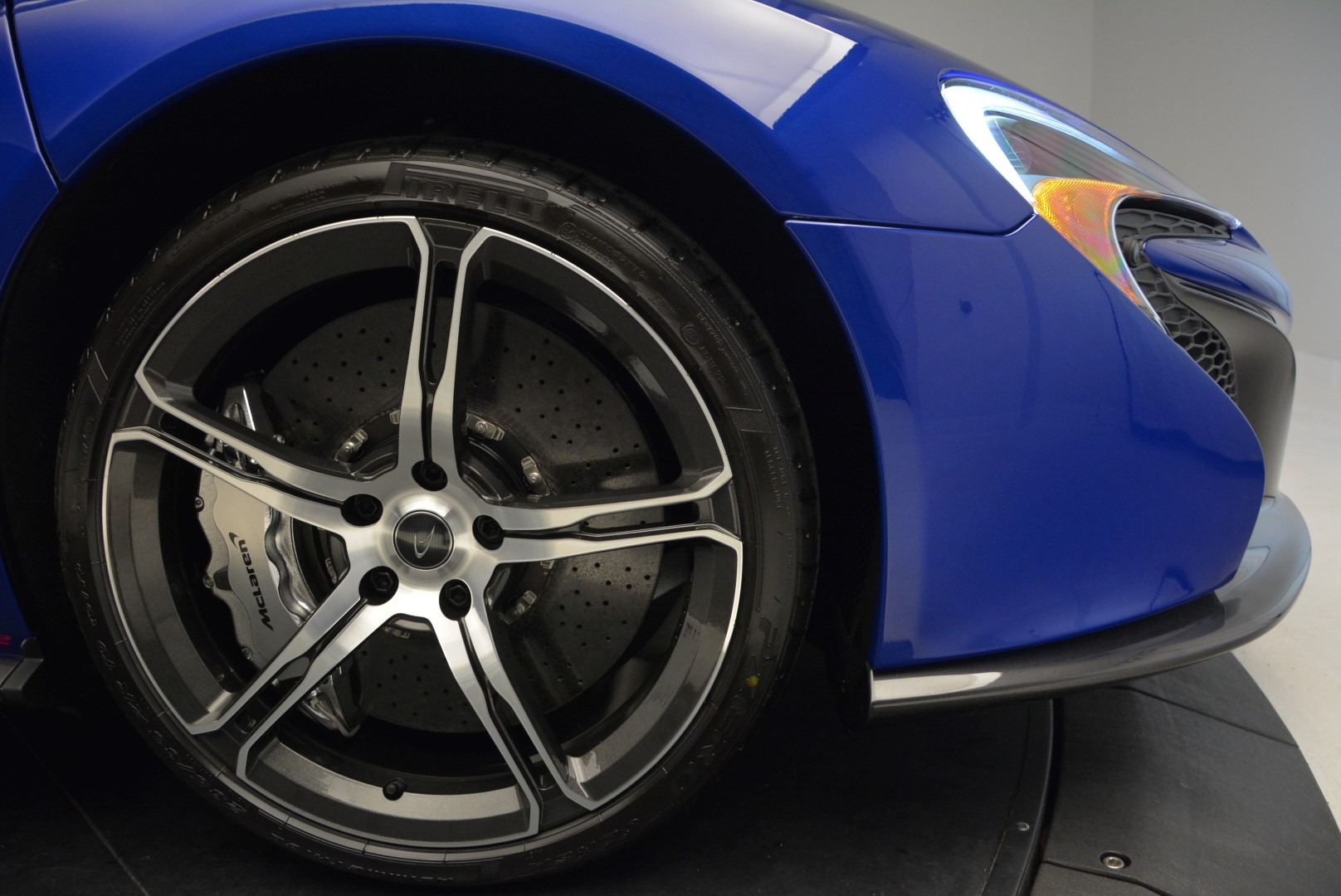 Used 2015 McLaren 650S Spider Convertible For Sale In Greenwich, CT. Alfa Romeo of Greenwich, 3161 3112_p28
