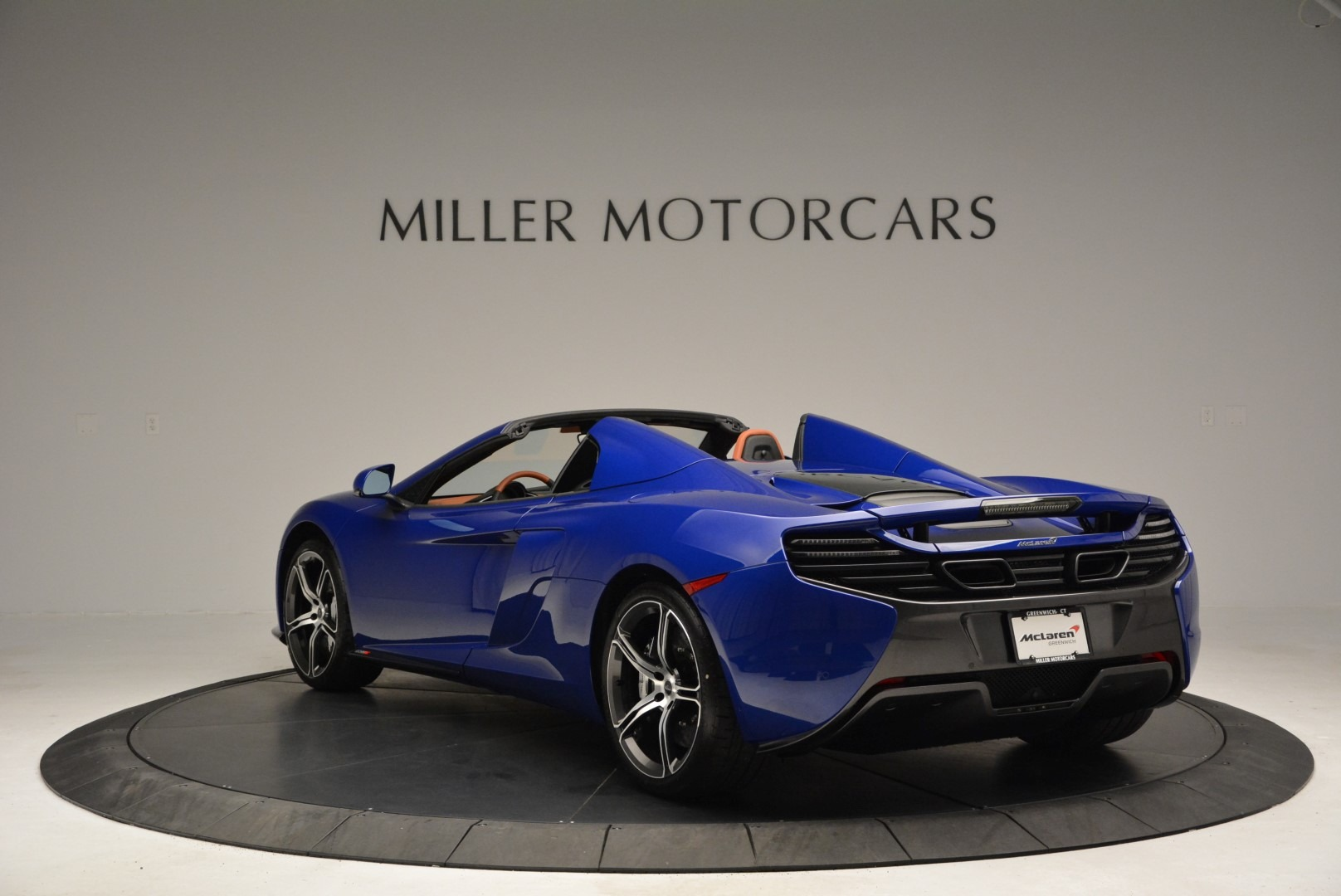 Used 2015 McLaren 650S Spider Convertible For Sale In Greenwich, CT. Alfa Romeo of Greenwich, 3161 3112_p5
