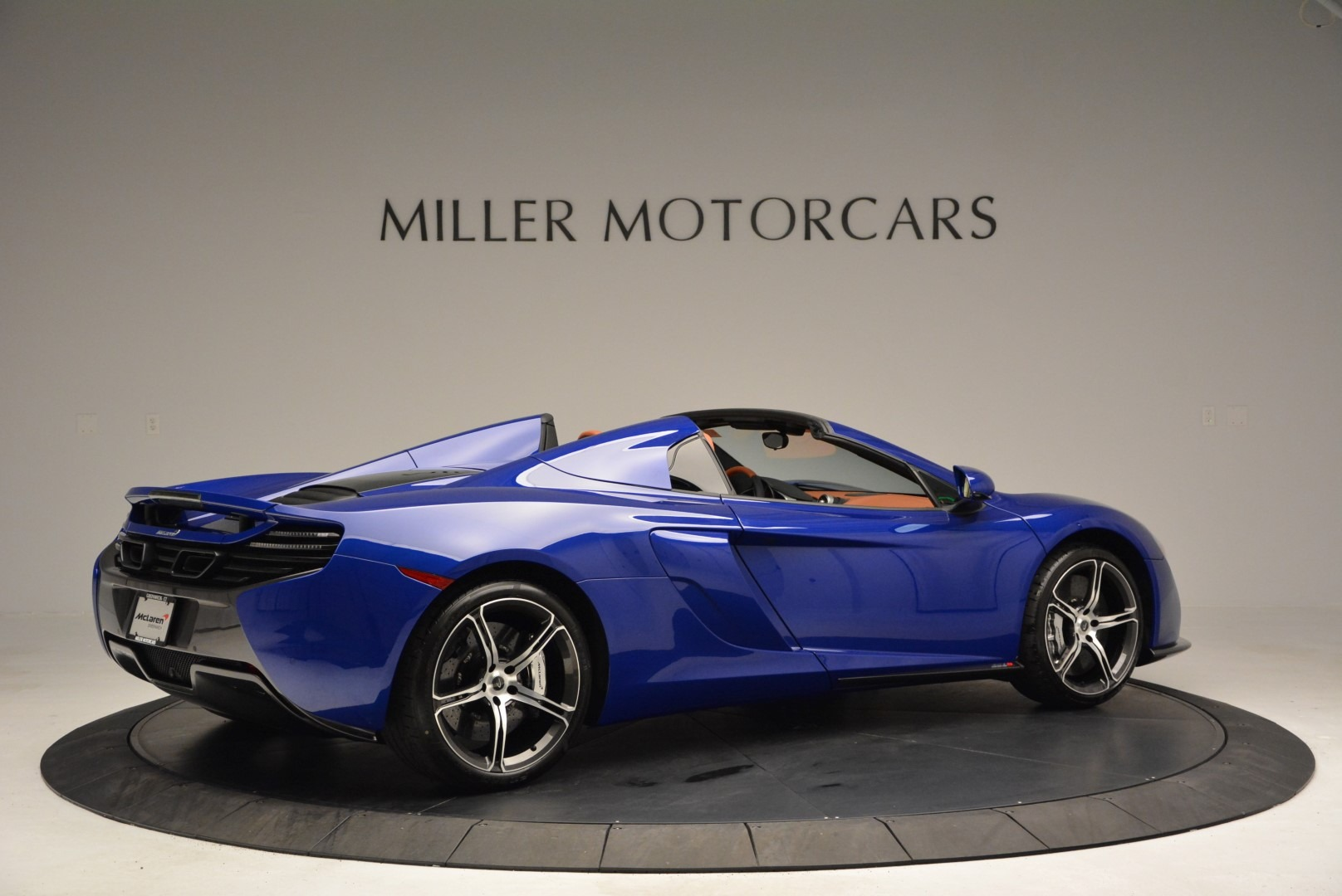 Used 2015 McLaren 650S Spider Convertible For Sale In Greenwich, CT. Alfa Romeo of Greenwich, 3161 3112_p8