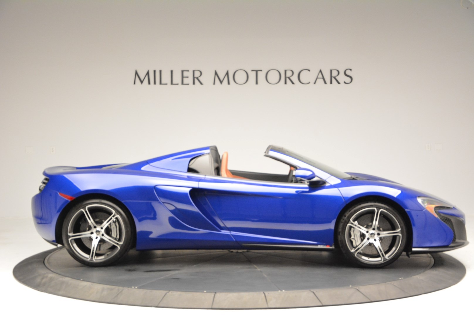 Used 2015 McLaren 650S Spider Convertible For Sale In Greenwich, CT. Alfa Romeo of Greenwich, 3161 3112_p9
