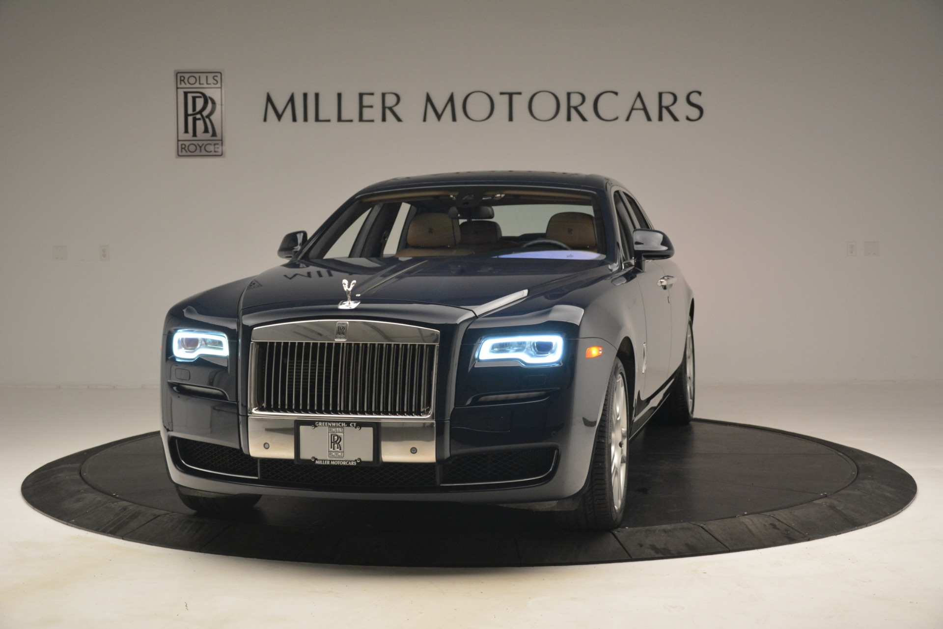 Used 2015 Rolls-Royce Ghost  For Sale In Greenwich, CT. Alfa Romeo of Greenwich, 7445A 3113_main