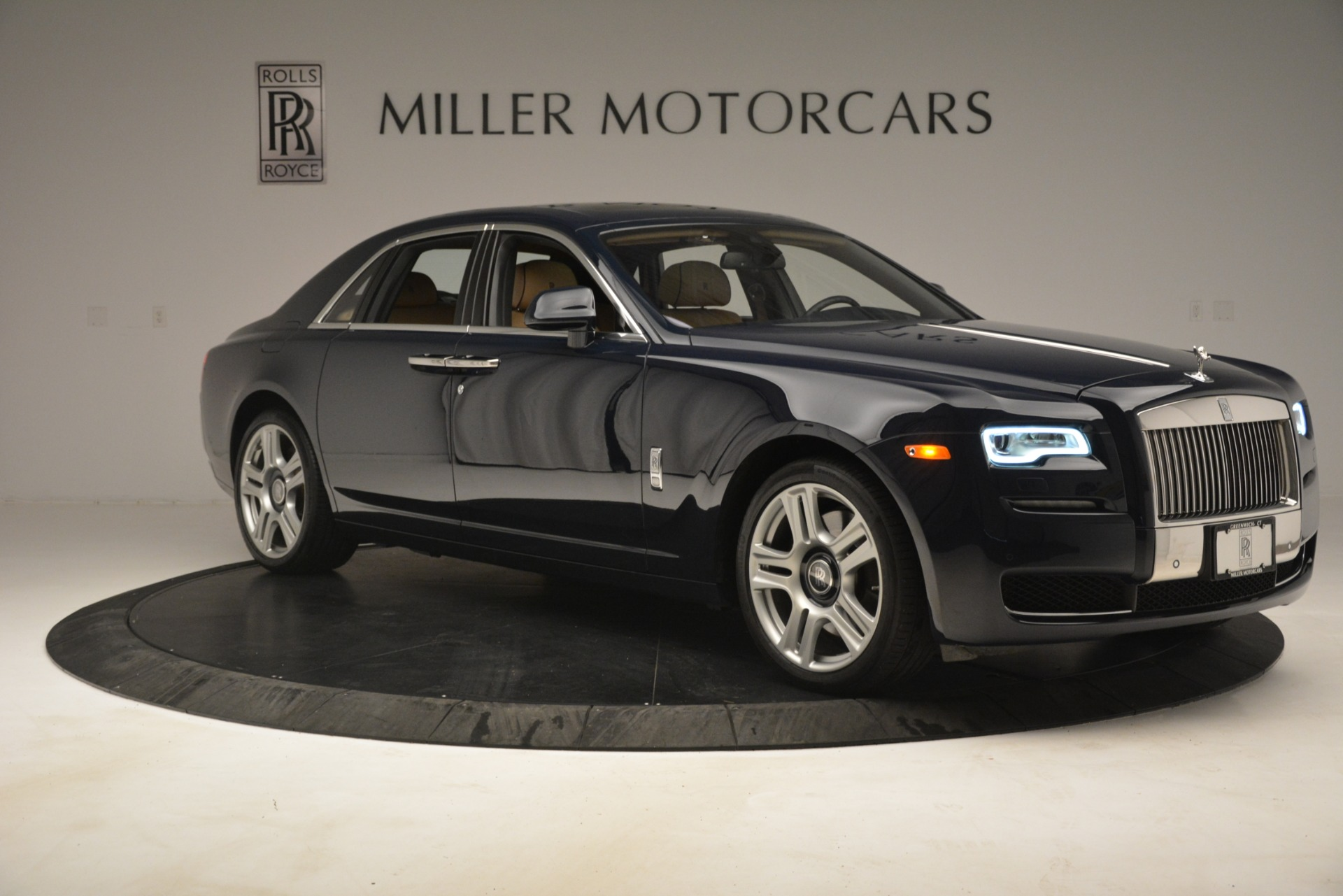 Used 2015 Rolls-Royce Ghost  For Sale In Greenwich, CT. Alfa Romeo of Greenwich, 7445A 3113_p14