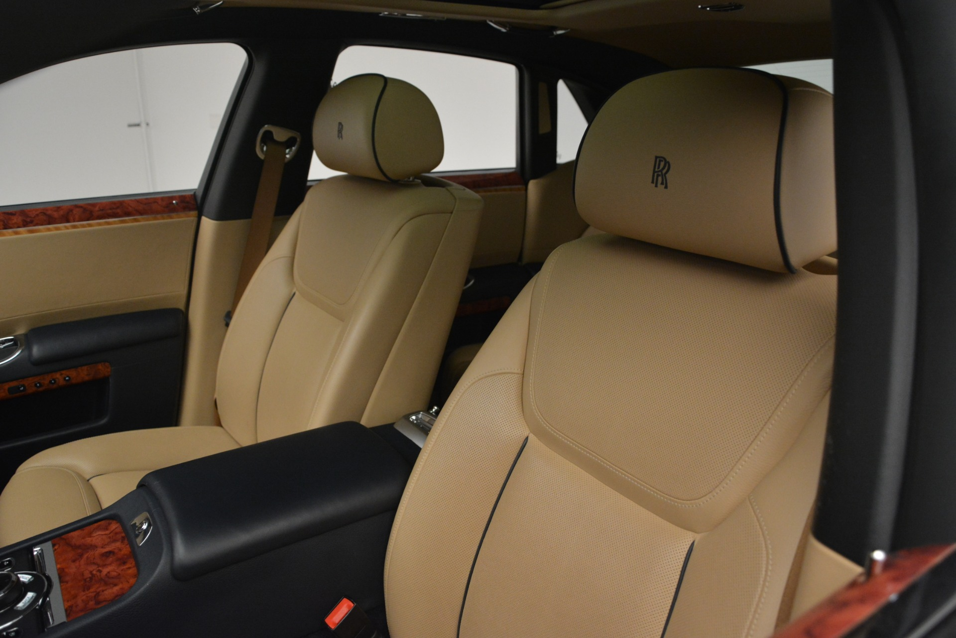 Used 2015 Rolls-Royce Ghost  For Sale In Greenwich, CT. Alfa Romeo of Greenwich, 7445A 3113_p16