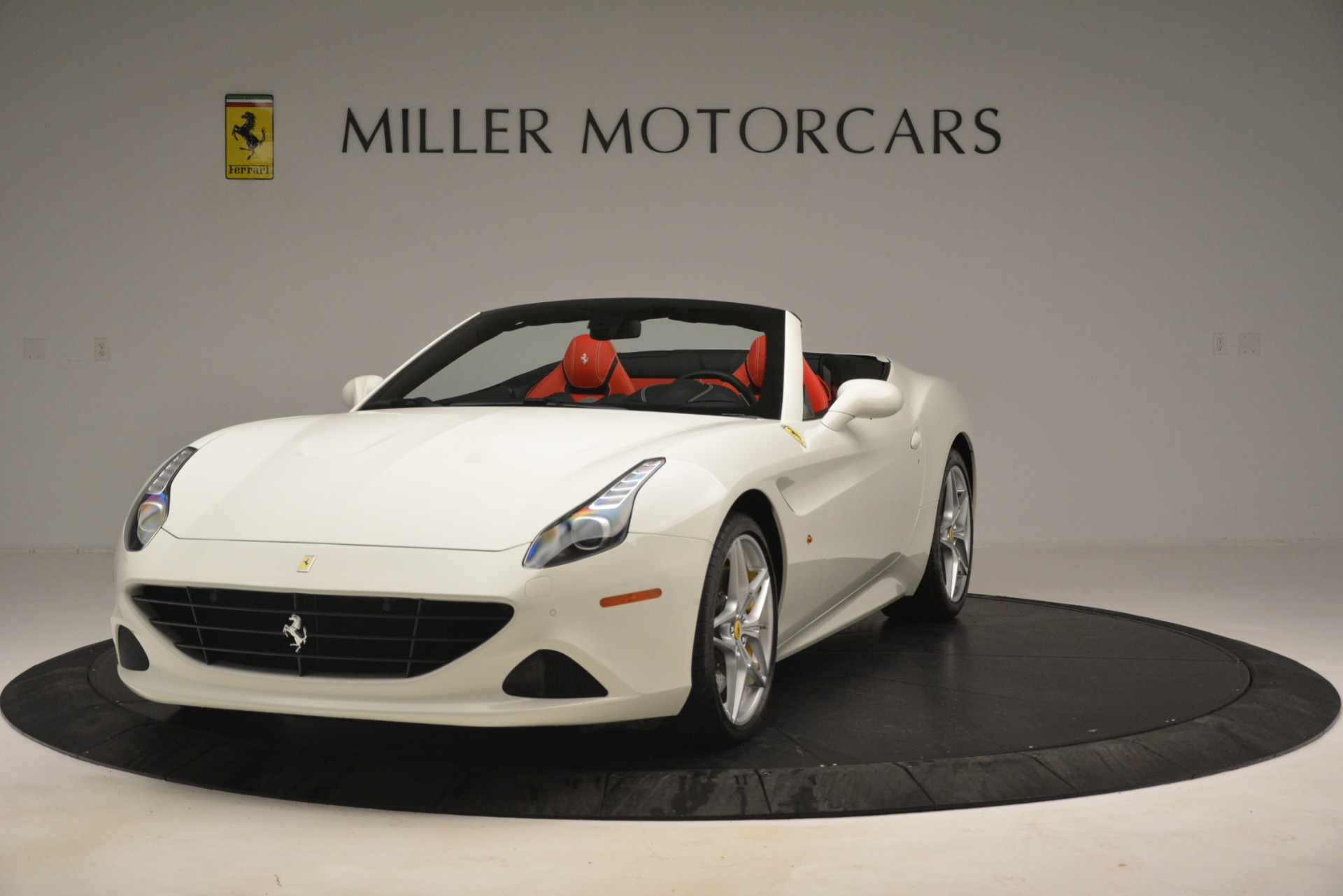 Used 2016 Ferrari California T  For Sale In Greenwich, CT. Alfa Romeo of Greenwich, 4555