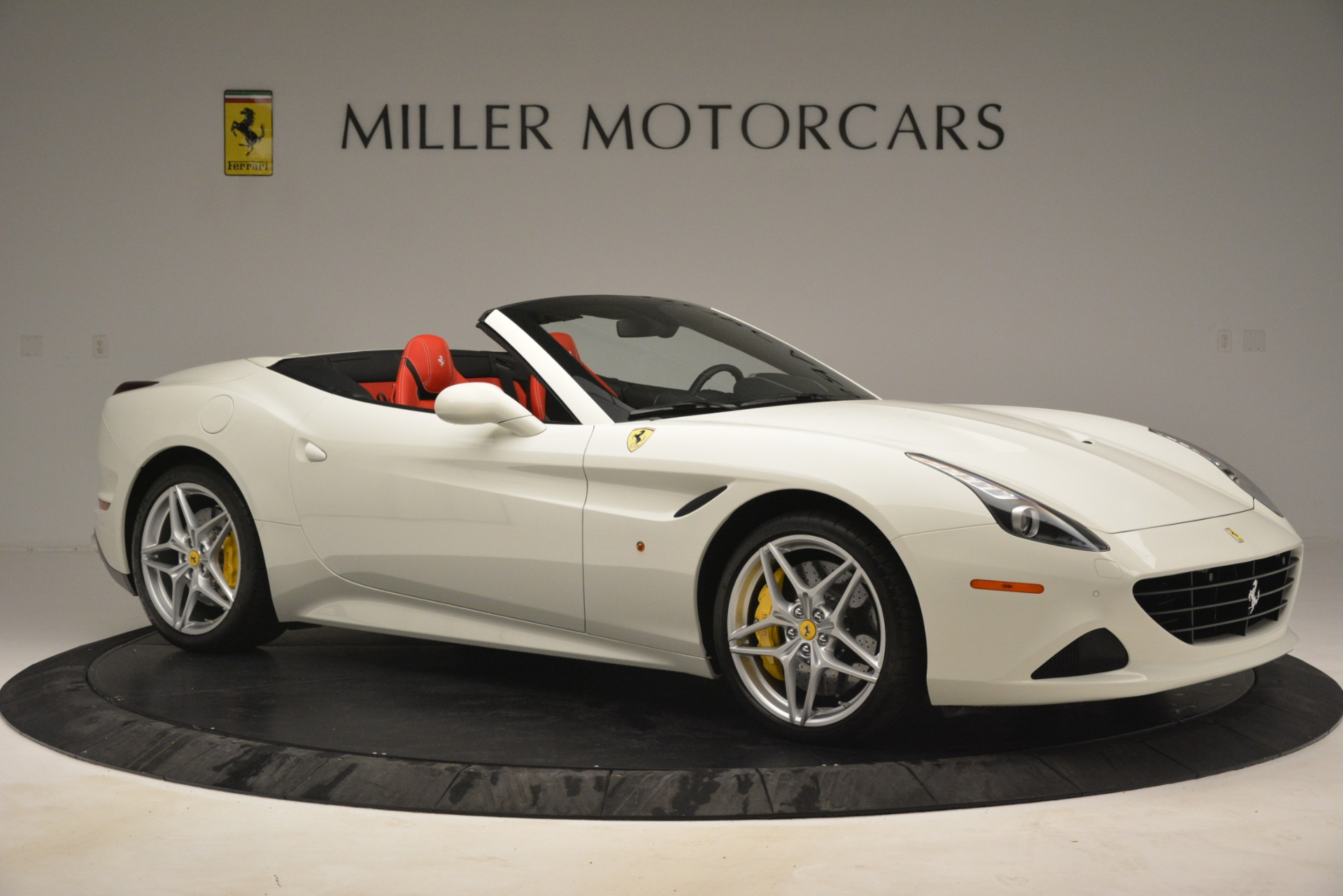 Used 2016 Ferrari California T  For Sale In Greenwich, CT. Alfa Romeo of Greenwich, 4555 3115_p10