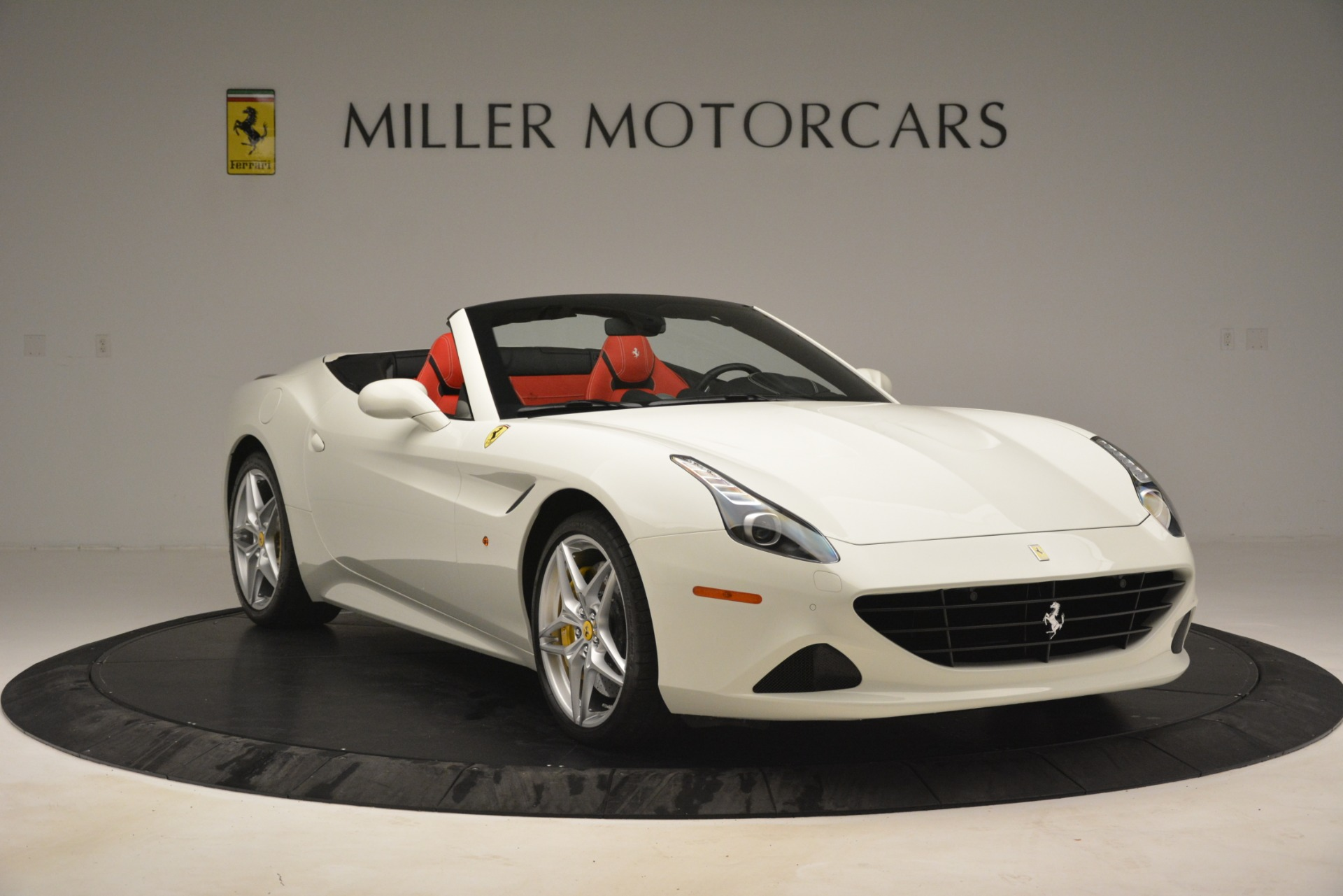 Used 2016 Ferrari California T  For Sale In Greenwich, CT. Alfa Romeo of Greenwich, 4555 3115_p11