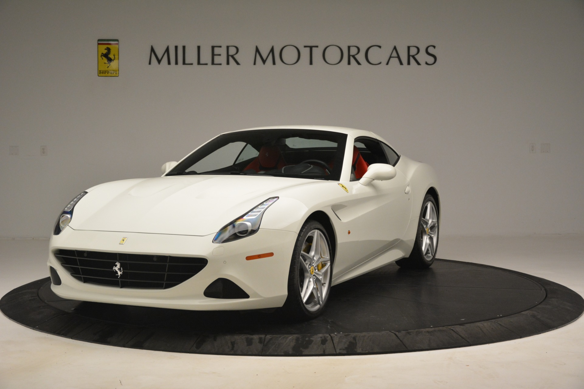 Used 2016 Ferrari California T  For Sale In Greenwich, CT. Alfa Romeo of Greenwich, 4555 3115_p13