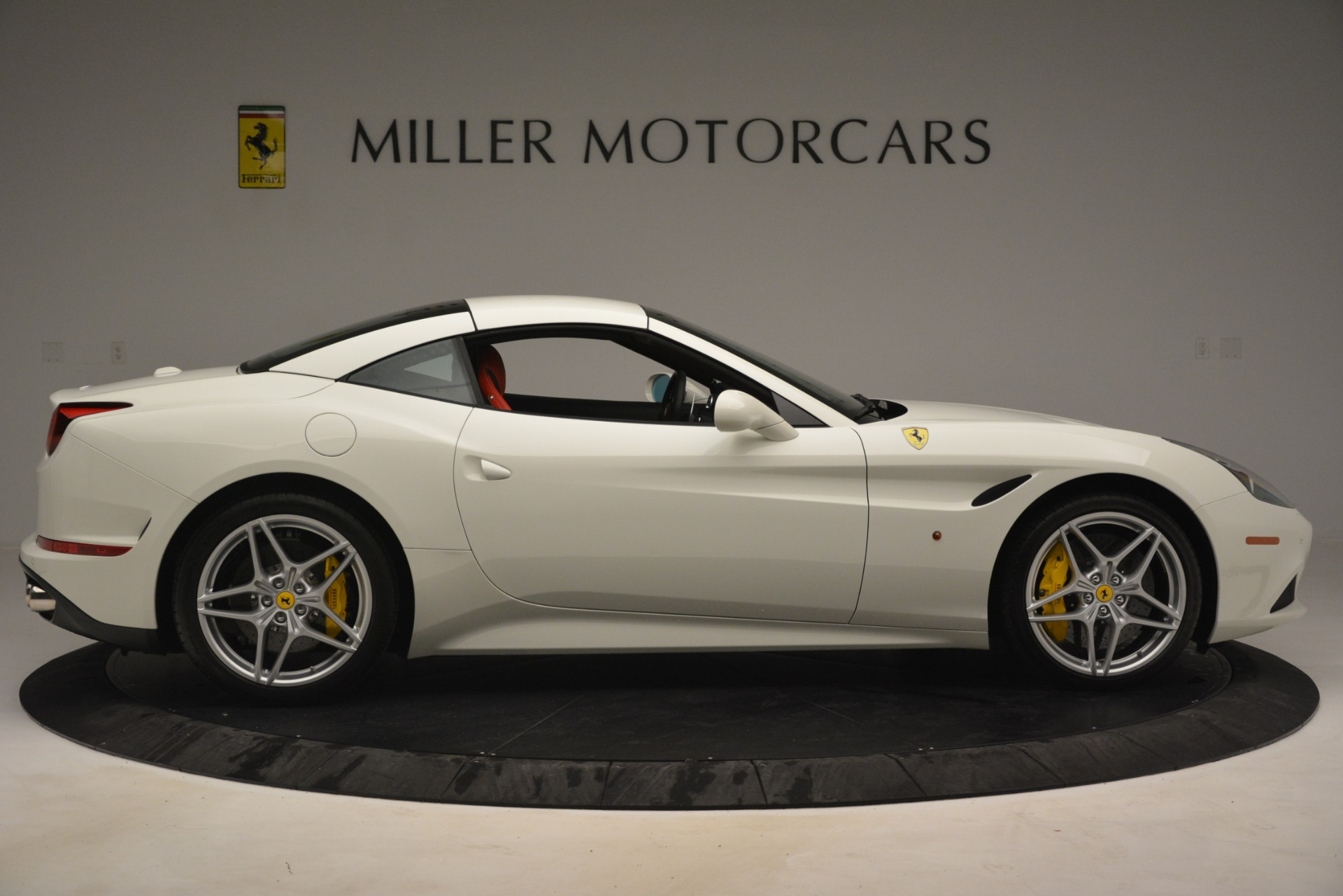 Used 2016 Ferrari California T  For Sale In Greenwich, CT. Alfa Romeo of Greenwich, 4555 3115_p17