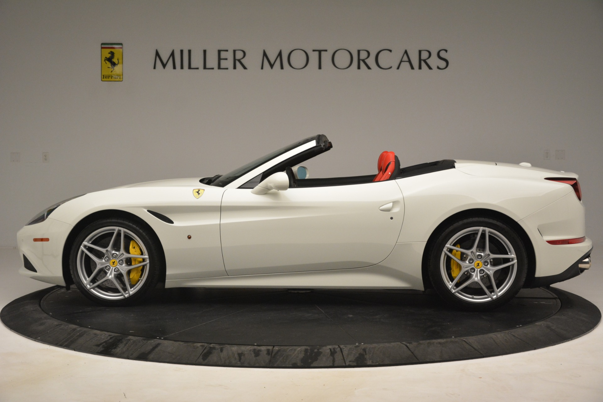 Used 2016 Ferrari California T  For Sale In Greenwich, CT. Alfa Romeo of Greenwich, 4555 3115_p3