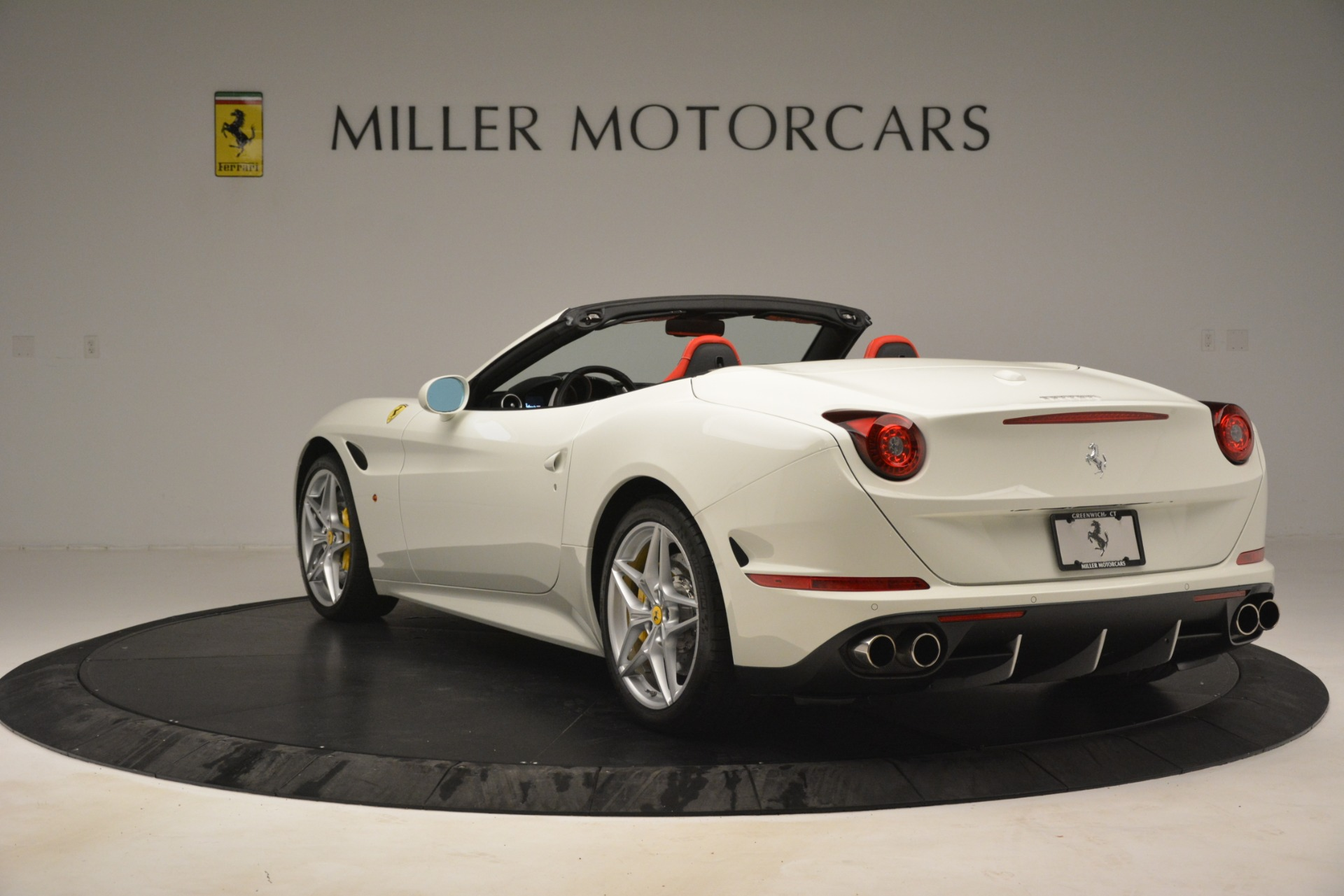 Used 2016 Ferrari California T  For Sale In Greenwich, CT. Alfa Romeo of Greenwich, 4555 3115_p5
