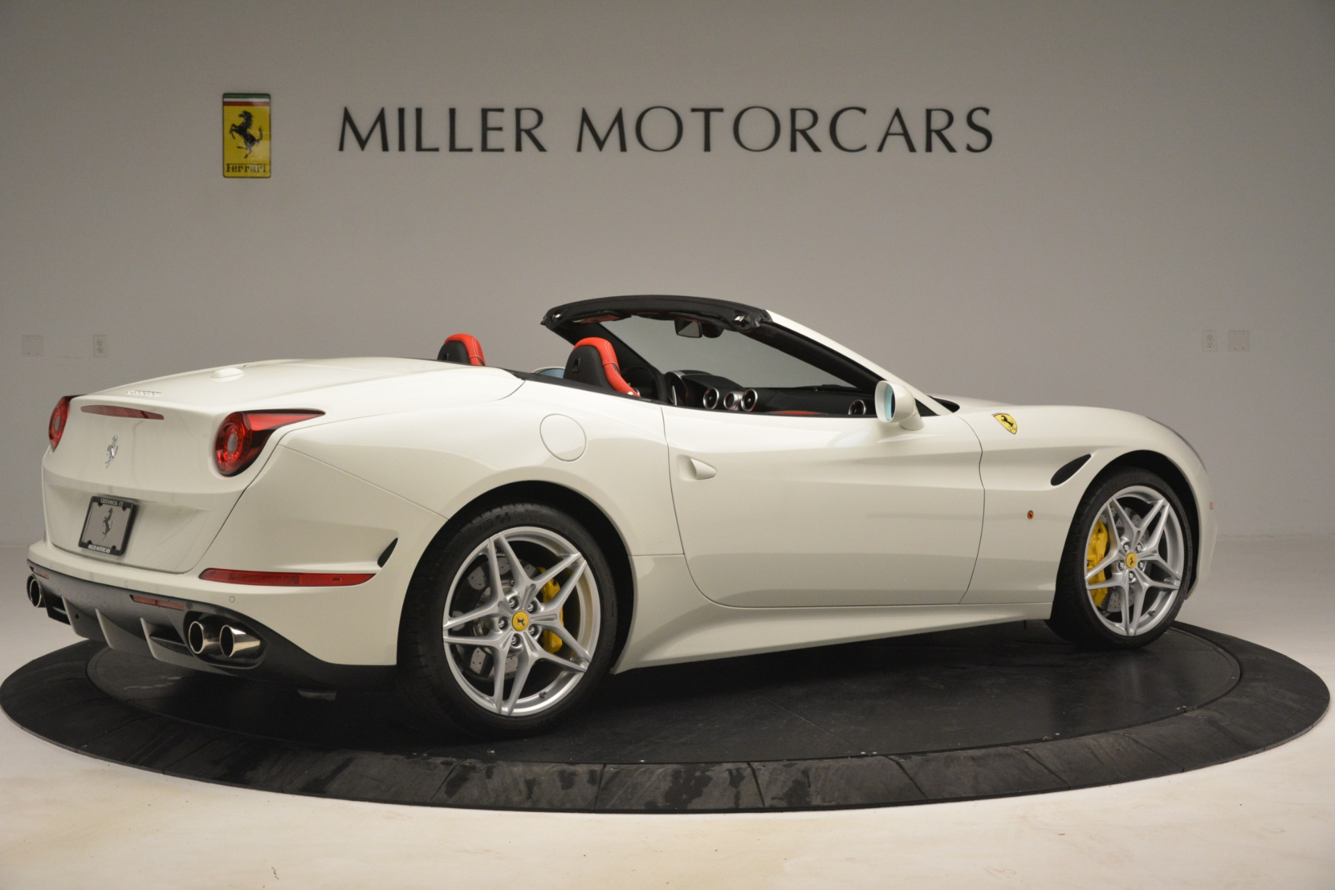 Used 2016 Ferrari California T  For Sale In Greenwich, CT. Alfa Romeo of Greenwich, 4555 3115_p8
