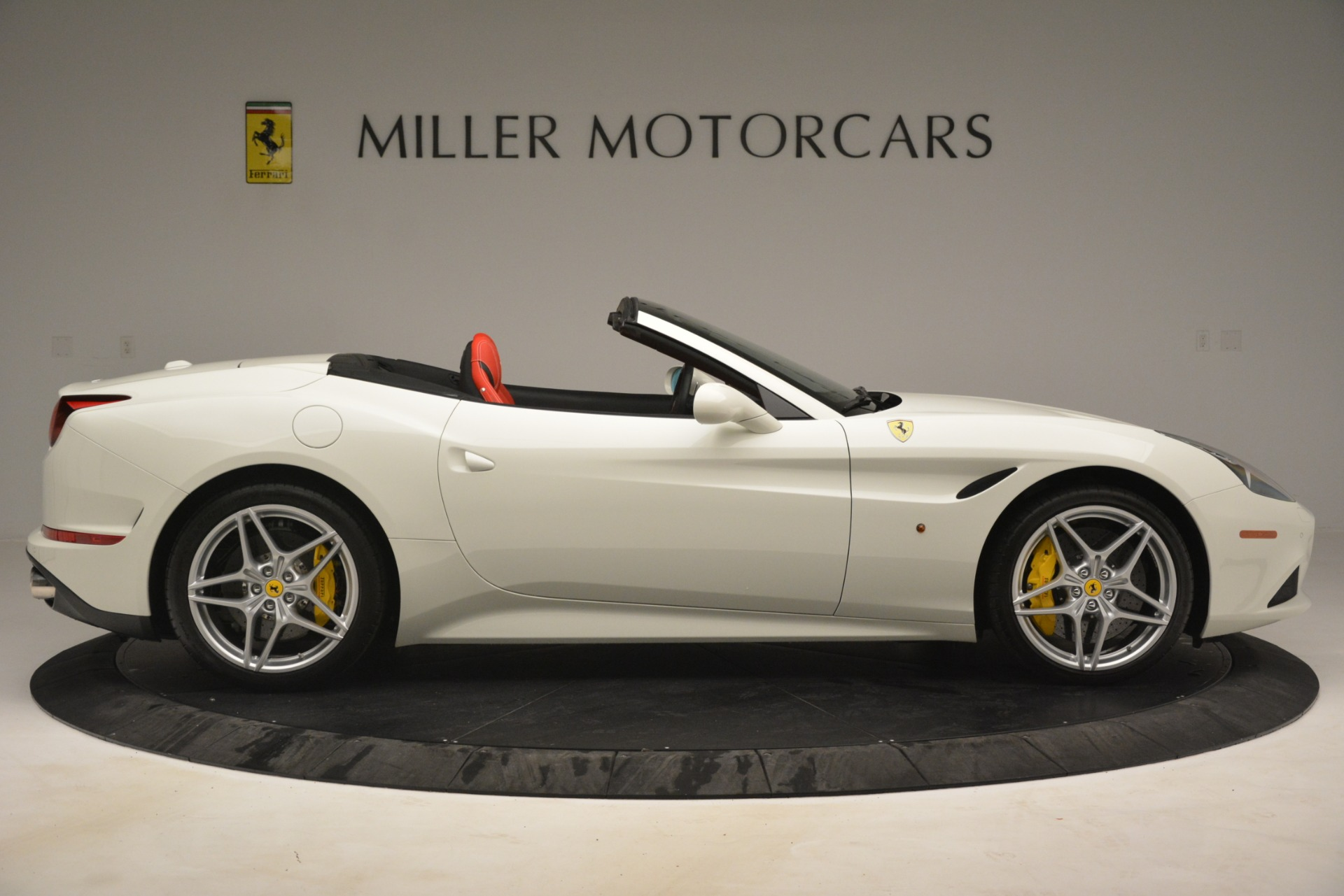 Used 2016 Ferrari California T  For Sale In Greenwich, CT. Alfa Romeo of Greenwich, 4555 3115_p9