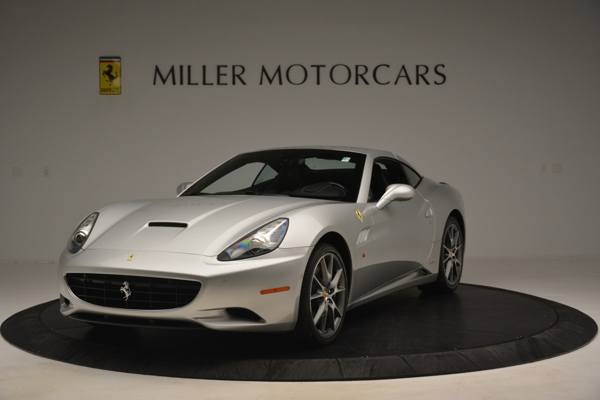 Used 2012 Ferrari California  For Sale In Greenwich, CT. Alfa Romeo of Greenwich, 4550 3117_p13