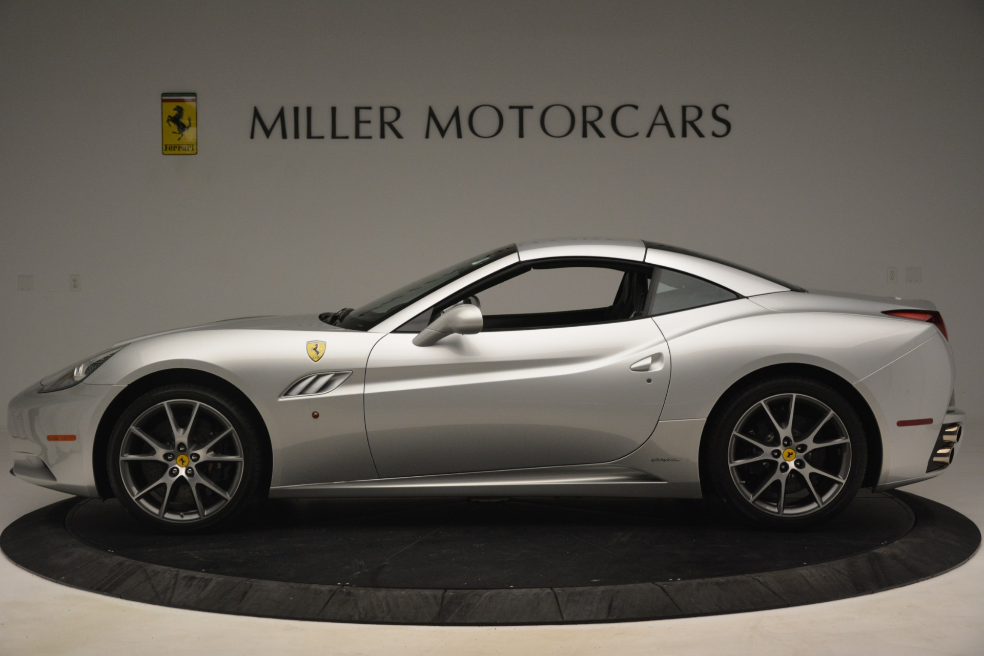 Used 2012 Ferrari California  For Sale In Greenwich, CT. Alfa Romeo of Greenwich, 4550 3117_p14