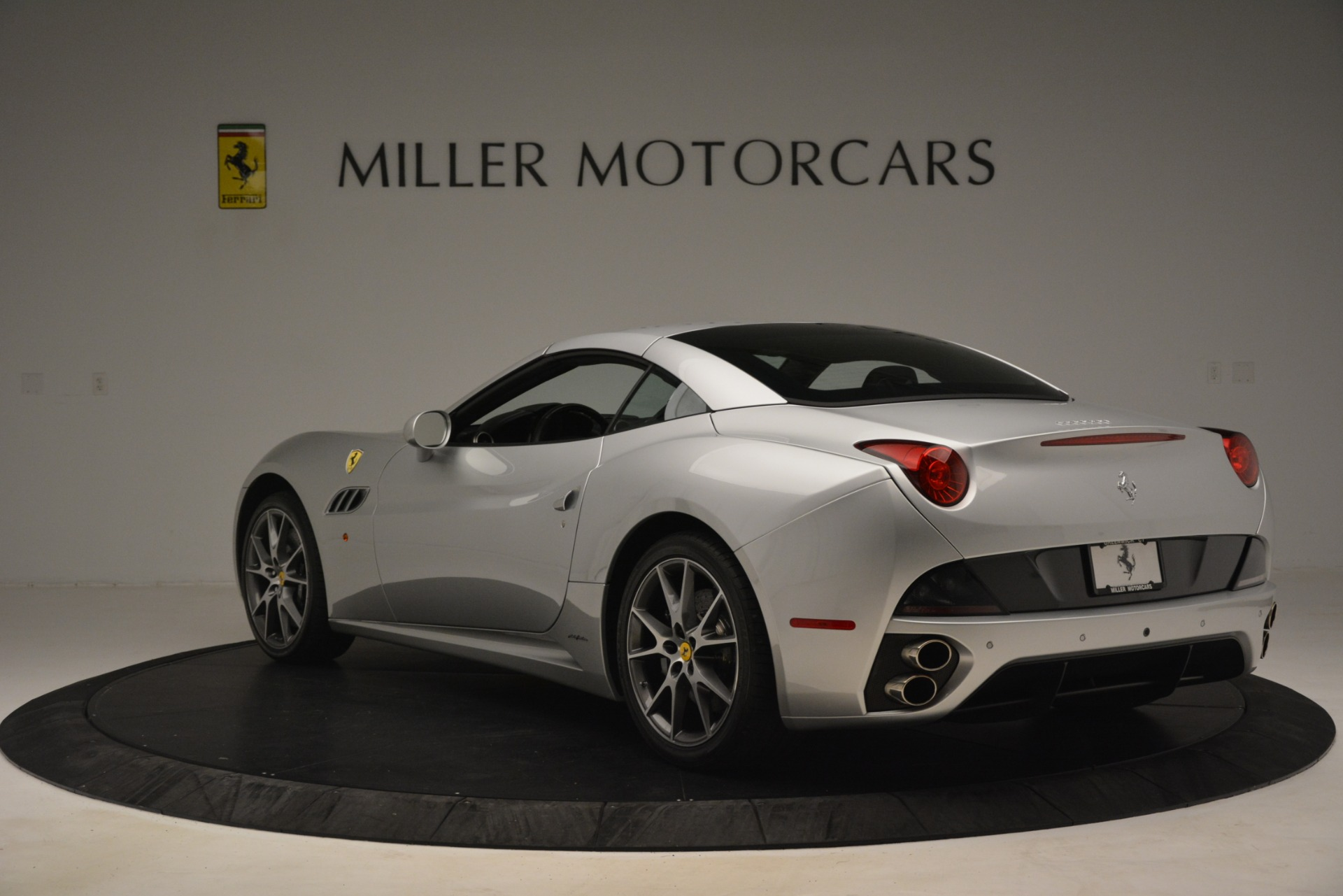 Used 2012 Ferrari California  For Sale In Greenwich, CT. Alfa Romeo of Greenwich, 4550 3117_p15