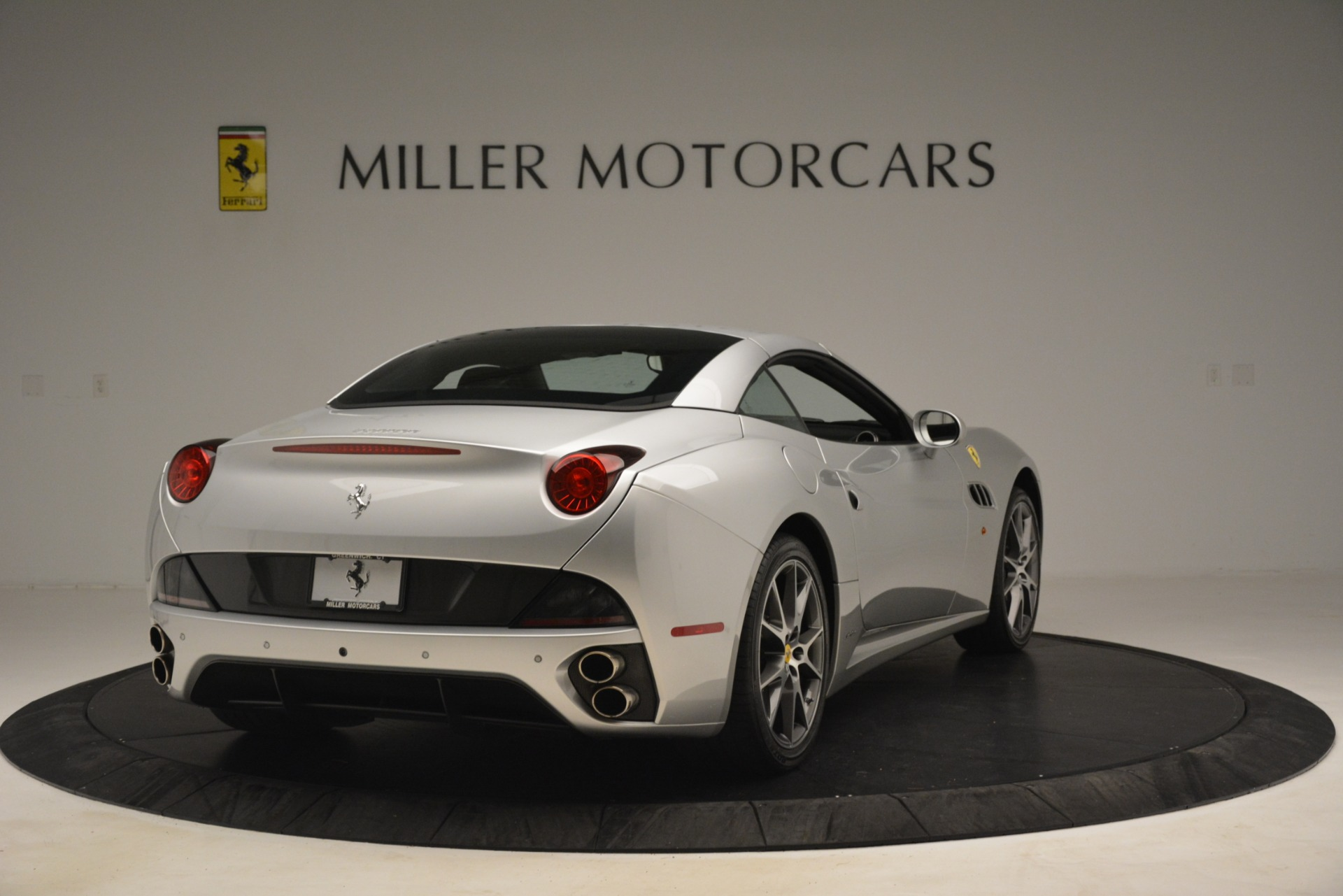 Used 2012 Ferrari California  For Sale In Greenwich, CT. Alfa Romeo of Greenwich, 4550 3117_p16
