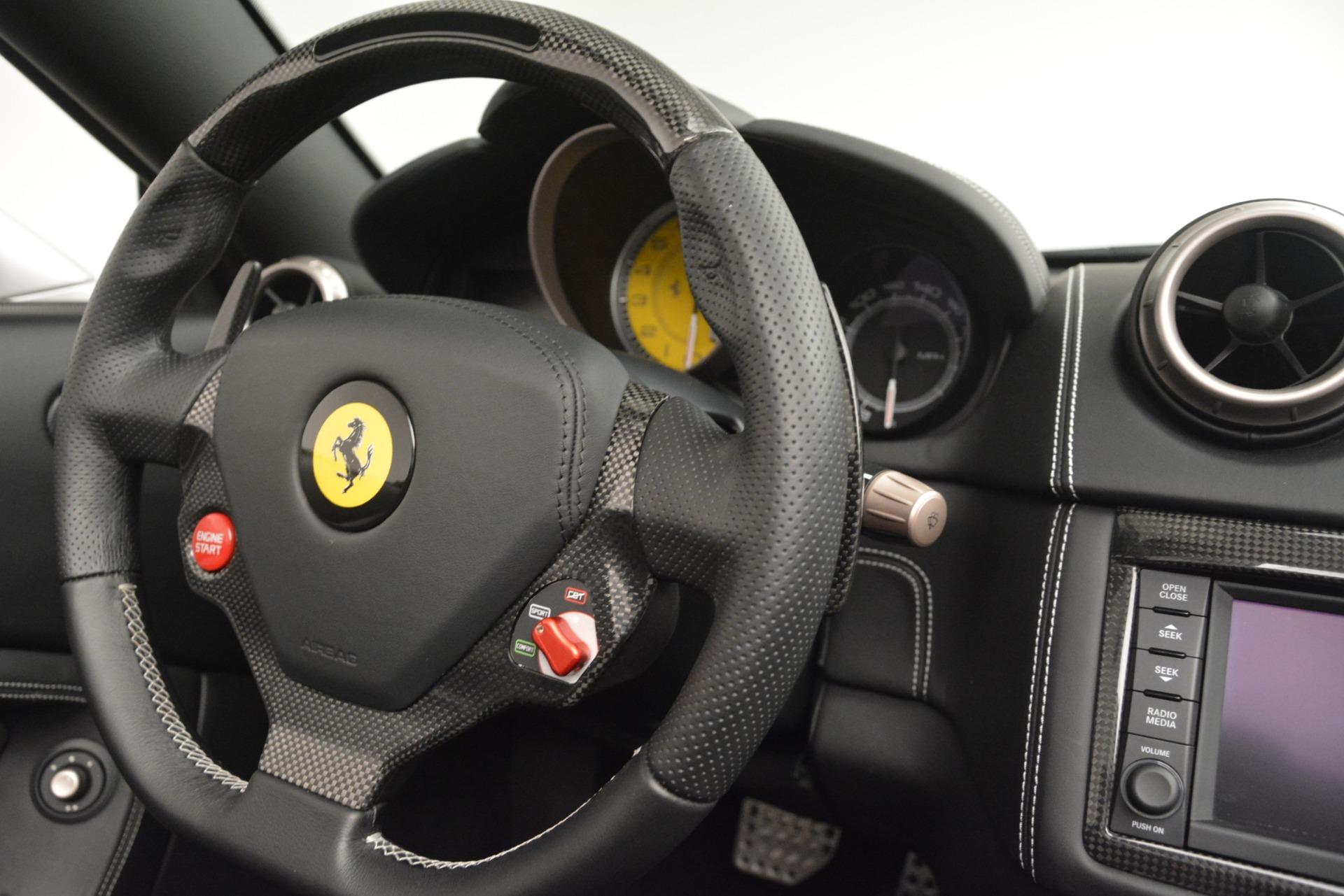 Used 2012 Ferrari California  For Sale In Greenwich, CT. Alfa Romeo of Greenwich, 4550 3117_p27