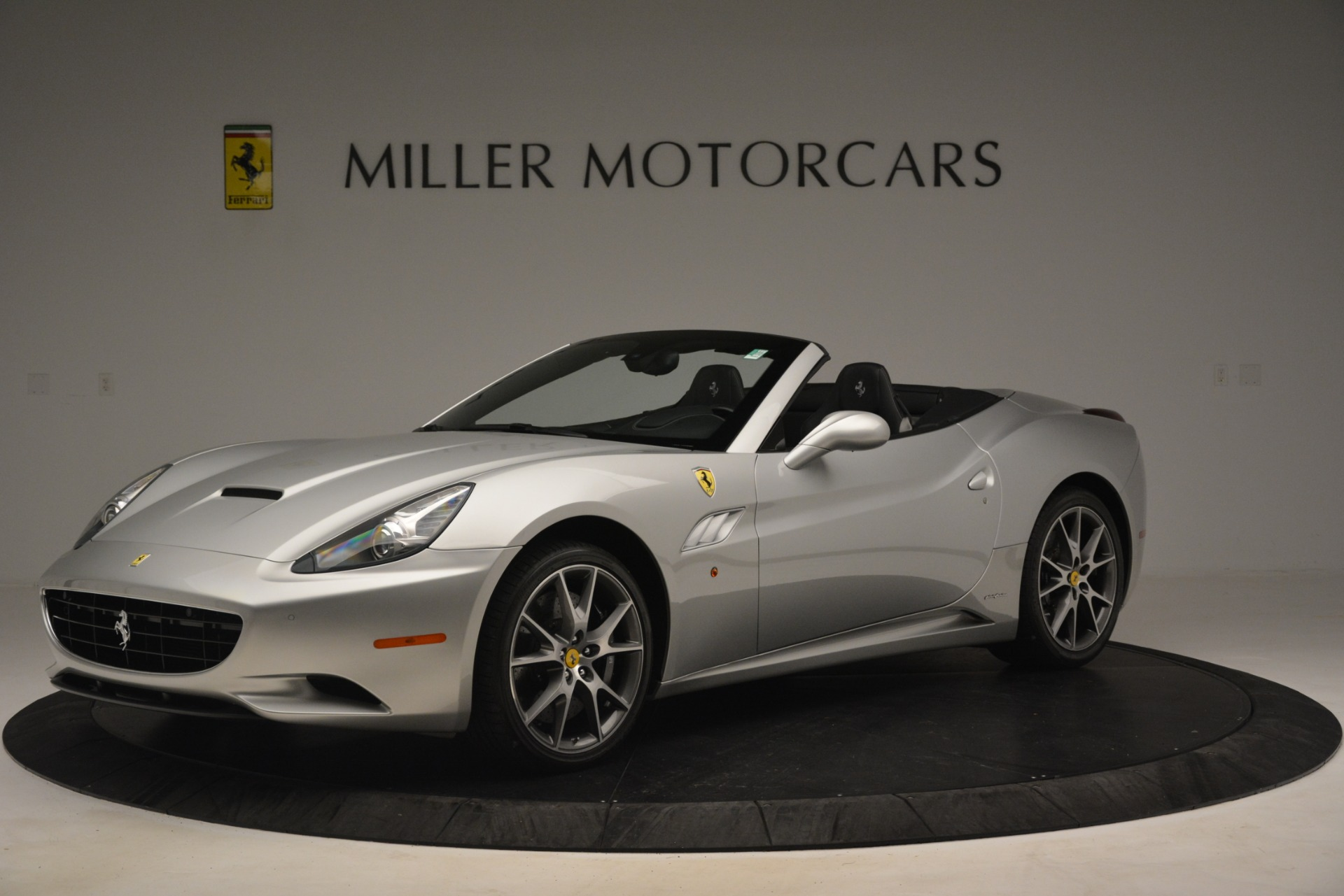 Used 2012 Ferrari California  For Sale In Greenwich, CT. Alfa Romeo of Greenwich, 4550 3117_p2