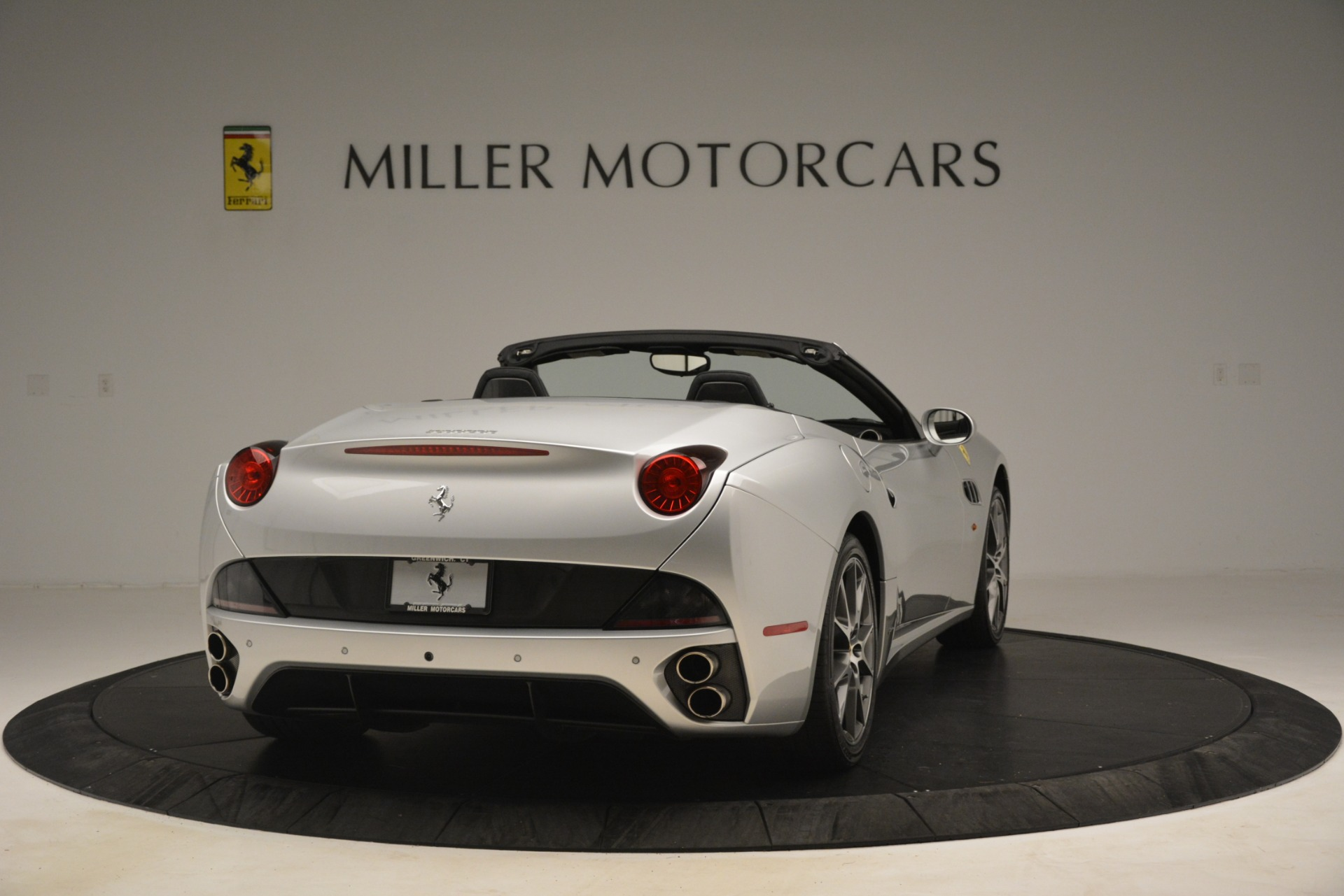 Used 2012 Ferrari California  For Sale In Greenwich, CT. Alfa Romeo of Greenwich, 4550 3117_p7