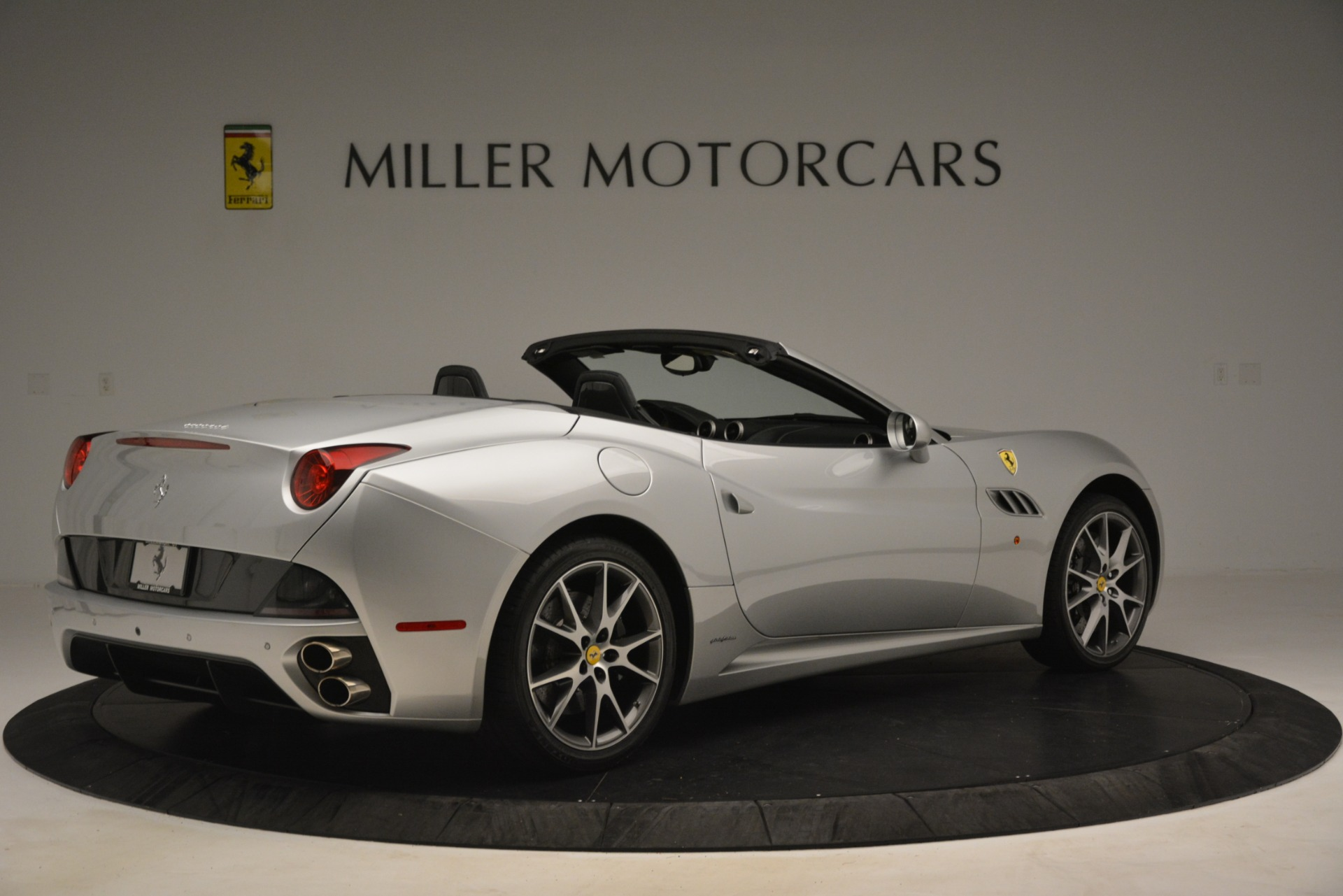 Used 2012 Ferrari California  For Sale In Greenwich, CT. Alfa Romeo of Greenwich, 4550 3117_p8